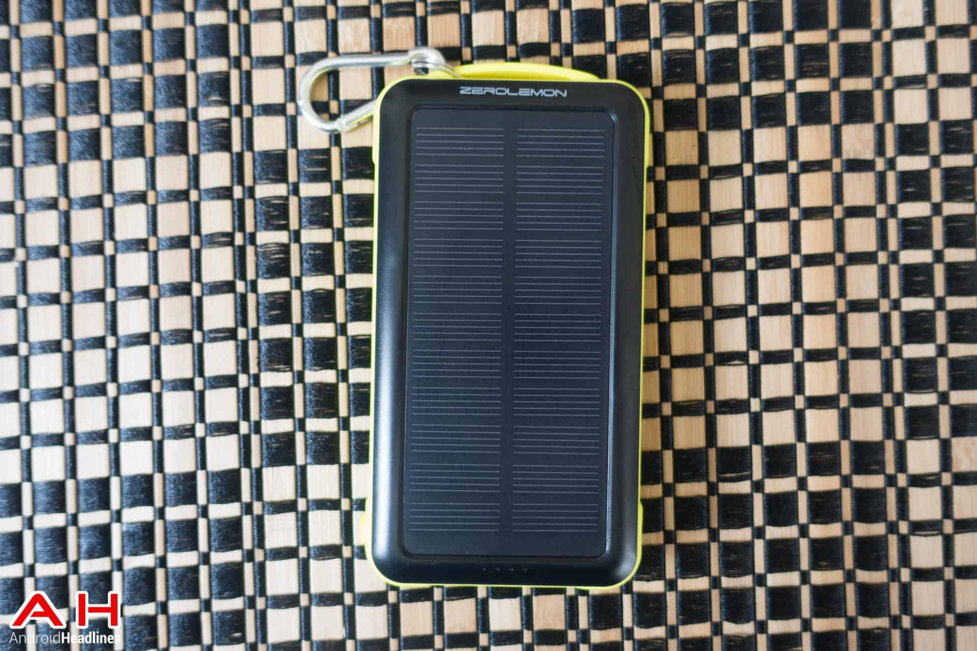 10 000mah Solar Battery Pack Rugged