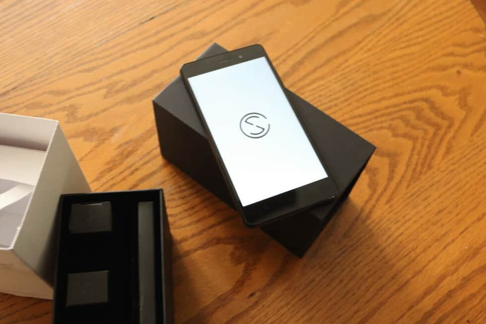 blackphoneunbox0015 980x653 01