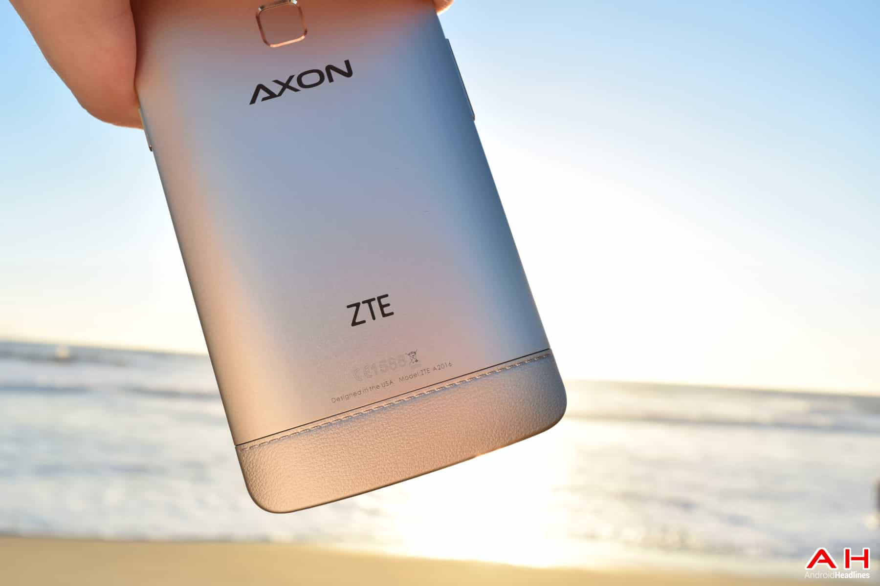 AH ZTE AXON ELITE - LOGO - Chris 2015 -16