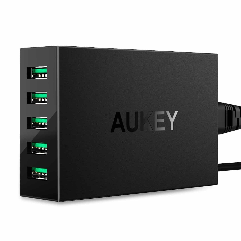 Aukey 5 Port USB Desktop Charging Station 01