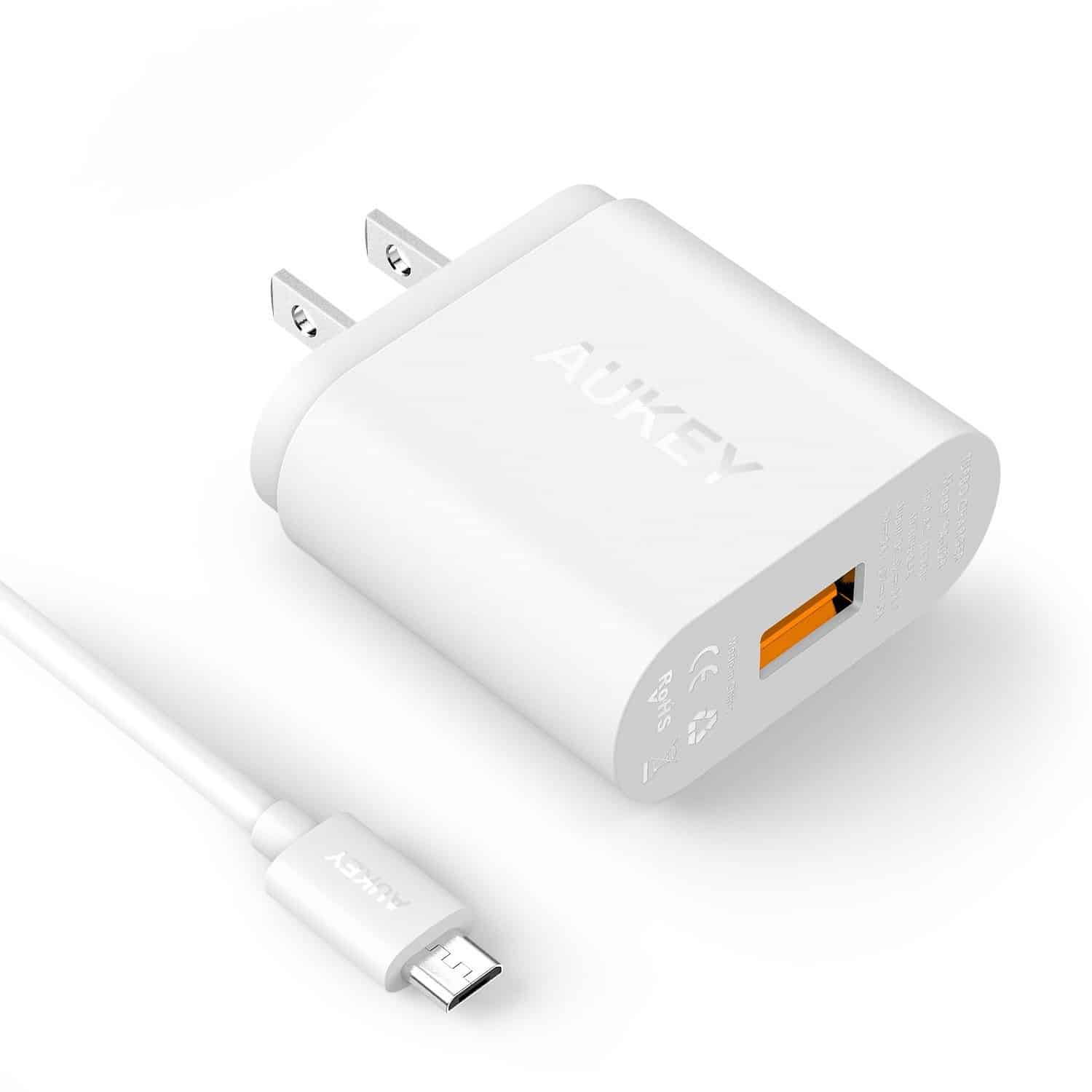 Aukey QC Charger 04