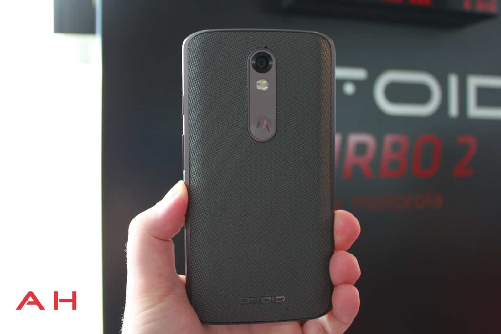 Droid Turbo 2 Hands On 10