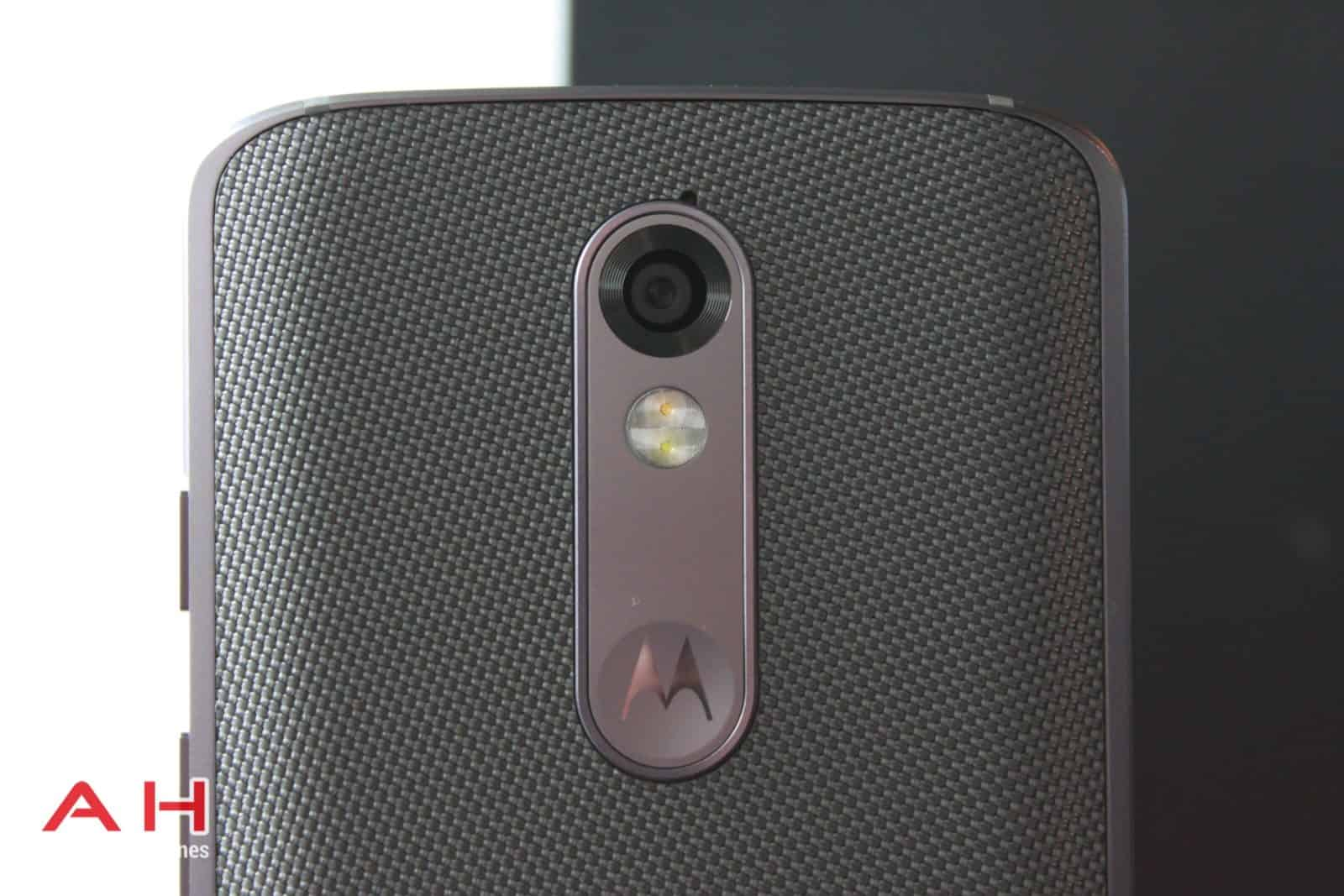 Droid Turbo 2 Hands On 12
