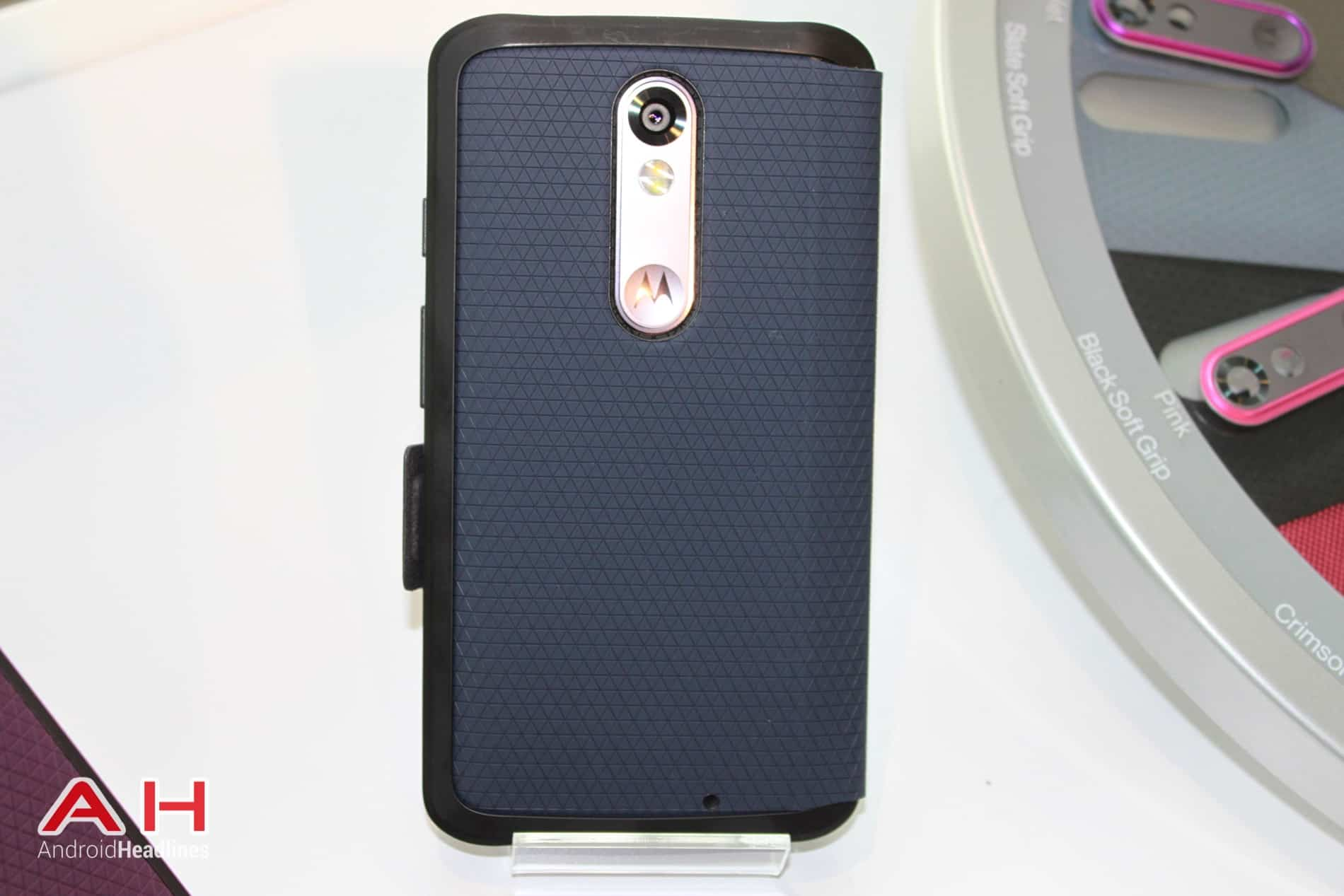 Droid Turbo 2 Hands On 19