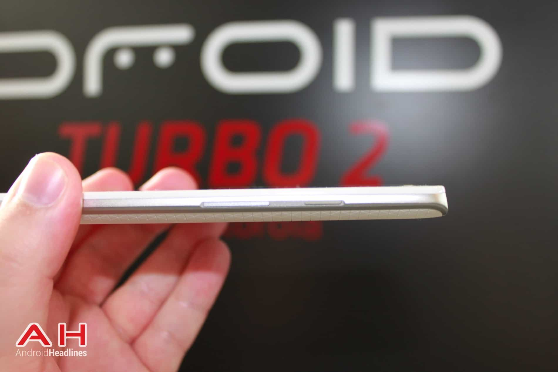 Droid Turbo 2 Hands On 6