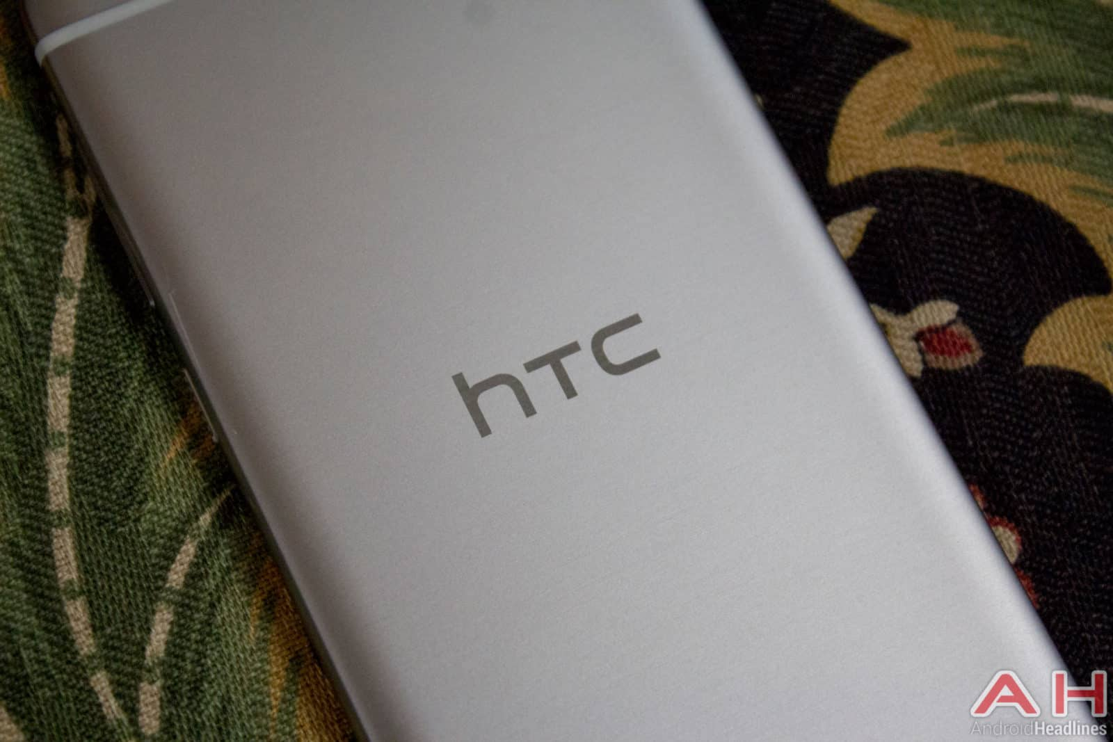 HTC-One-A9-AH-11
