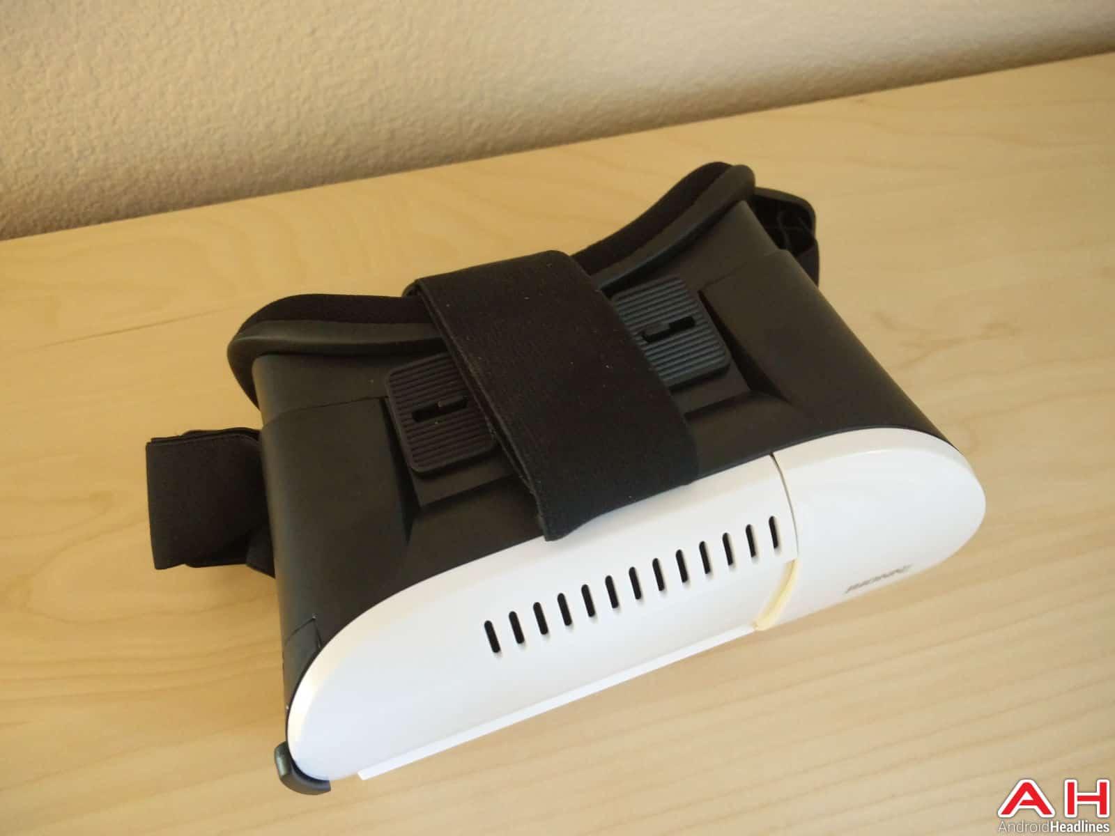 INNORI Virtual Reality Headset-13