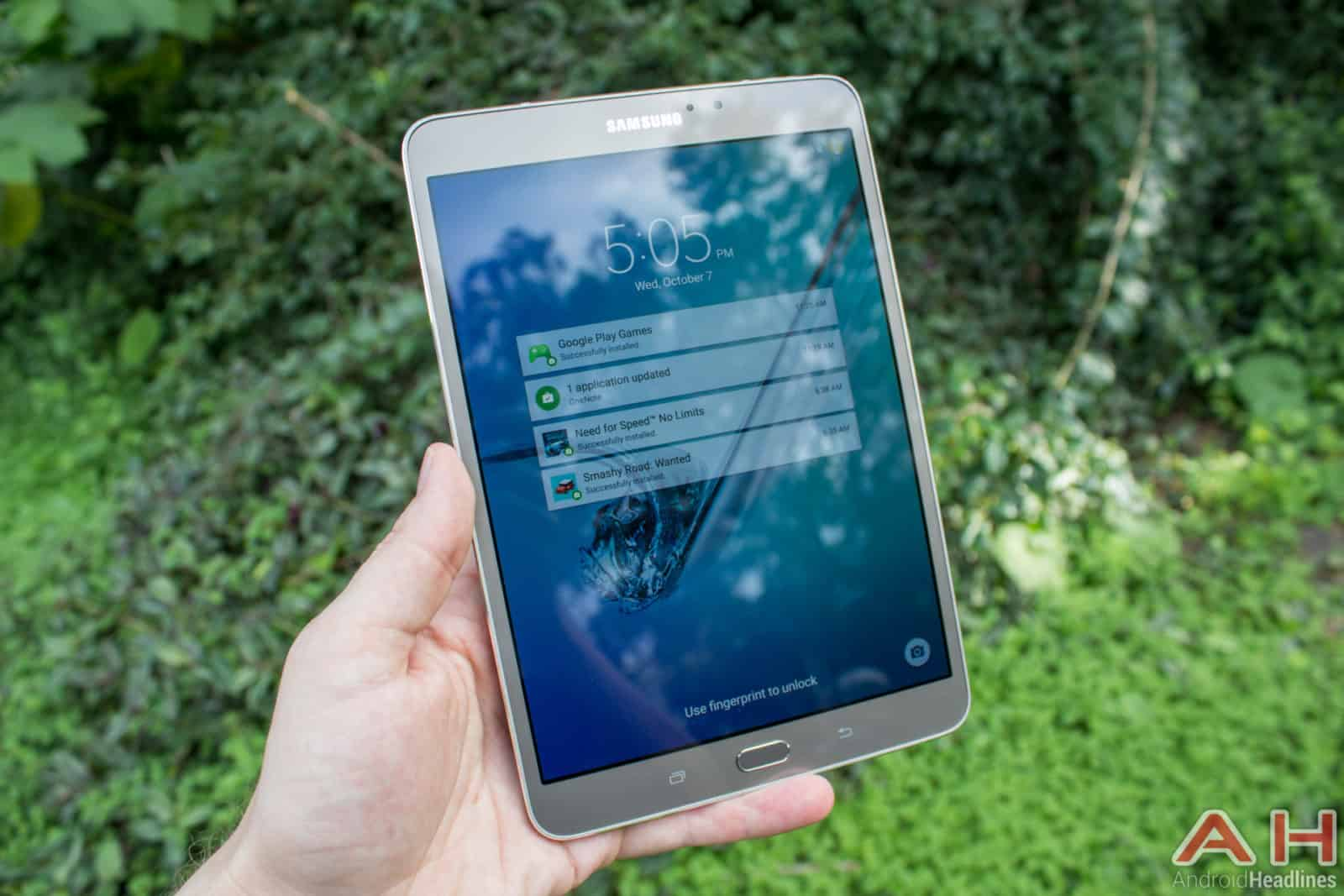 Samsung-Galaxy-Tab-S2-AH-01