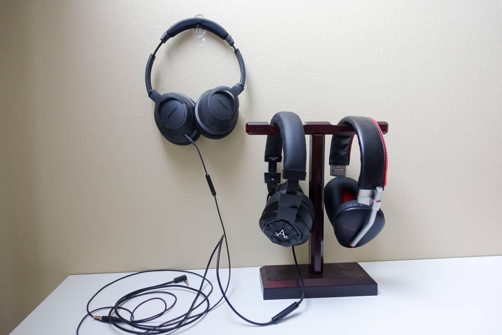 Top-10-Headphones-AH-1
