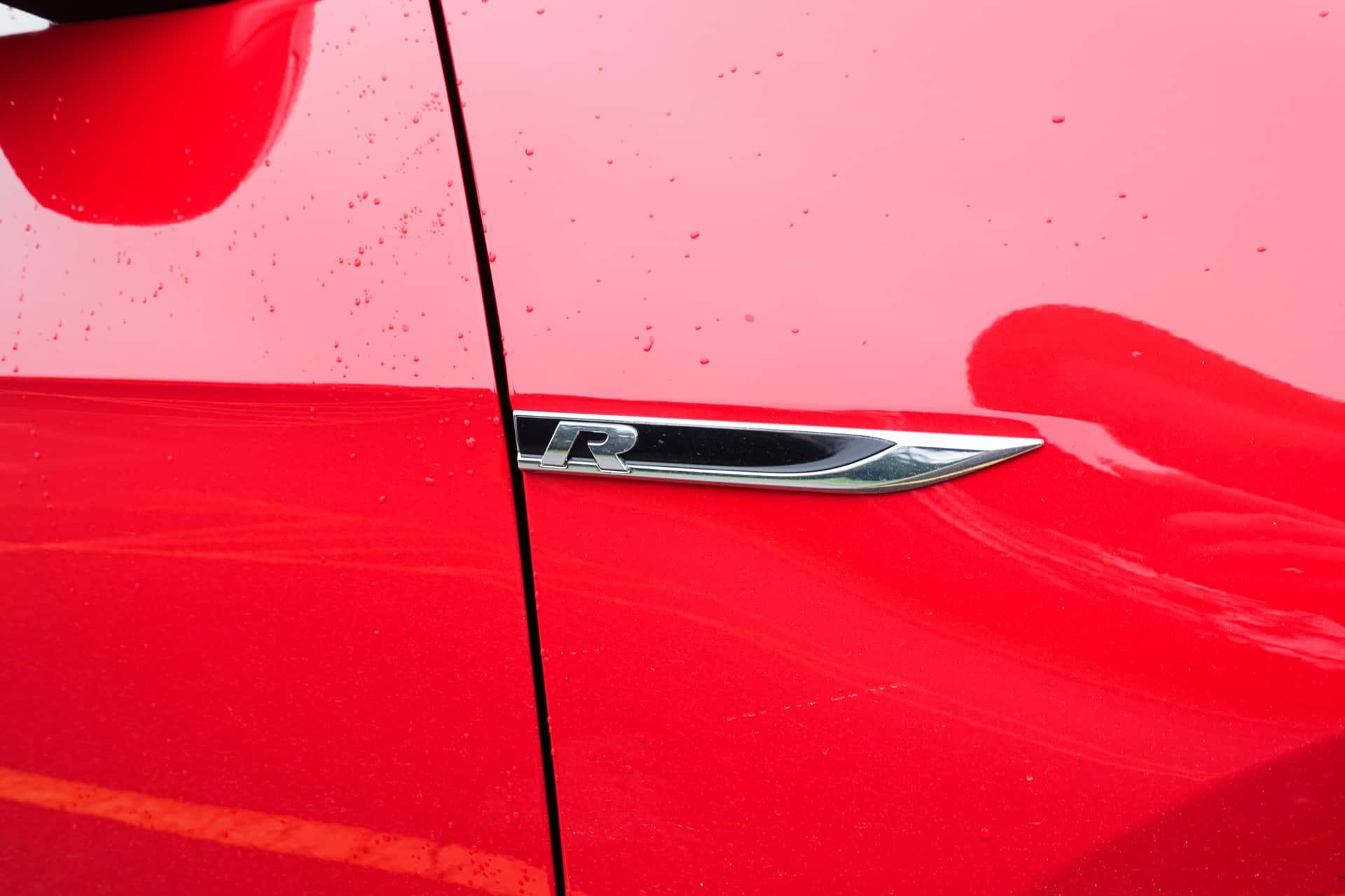 Volkswagen Golf R Review AH 28