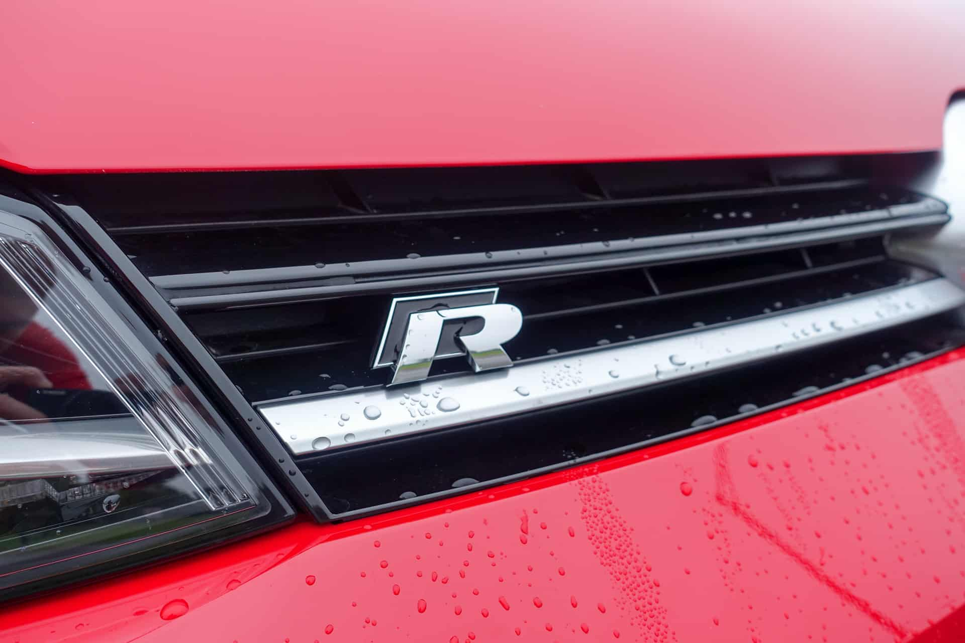 Volkswagen Golf R Review AH 29