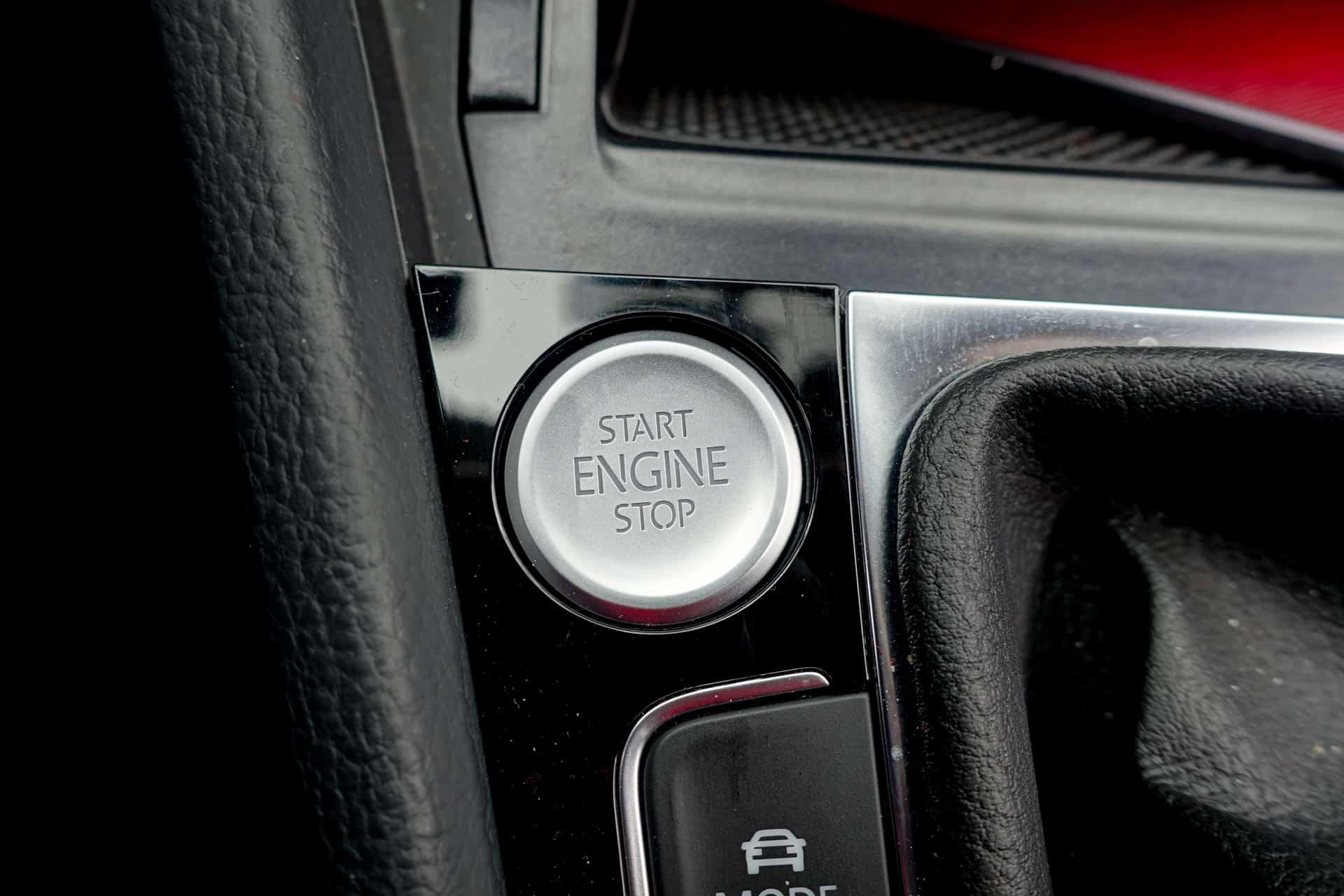Volkswagen Golf R Review AH 33