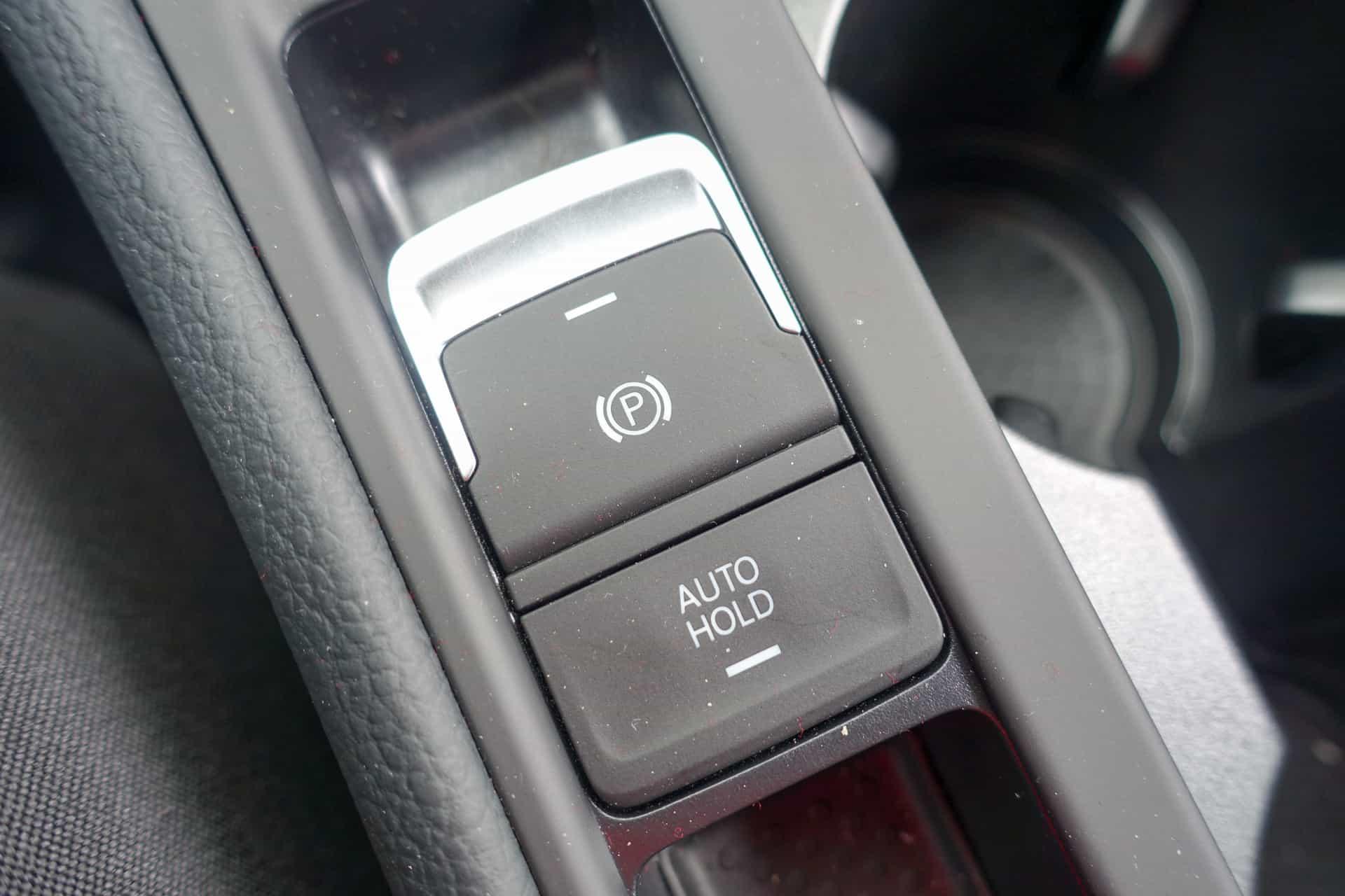 Volkswagen Golf R Review AH 39
