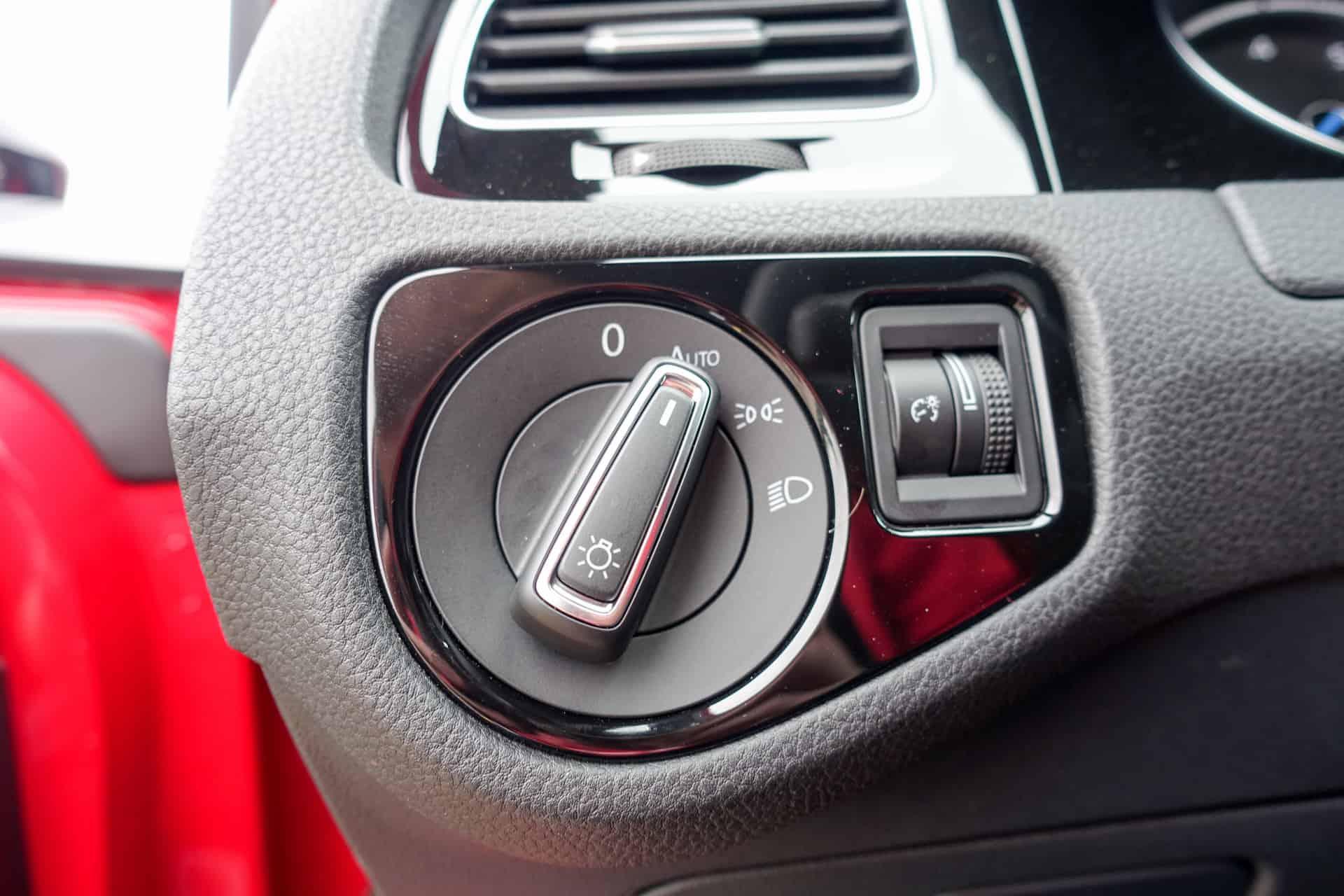 Volkswagen Golf R Review AH 6