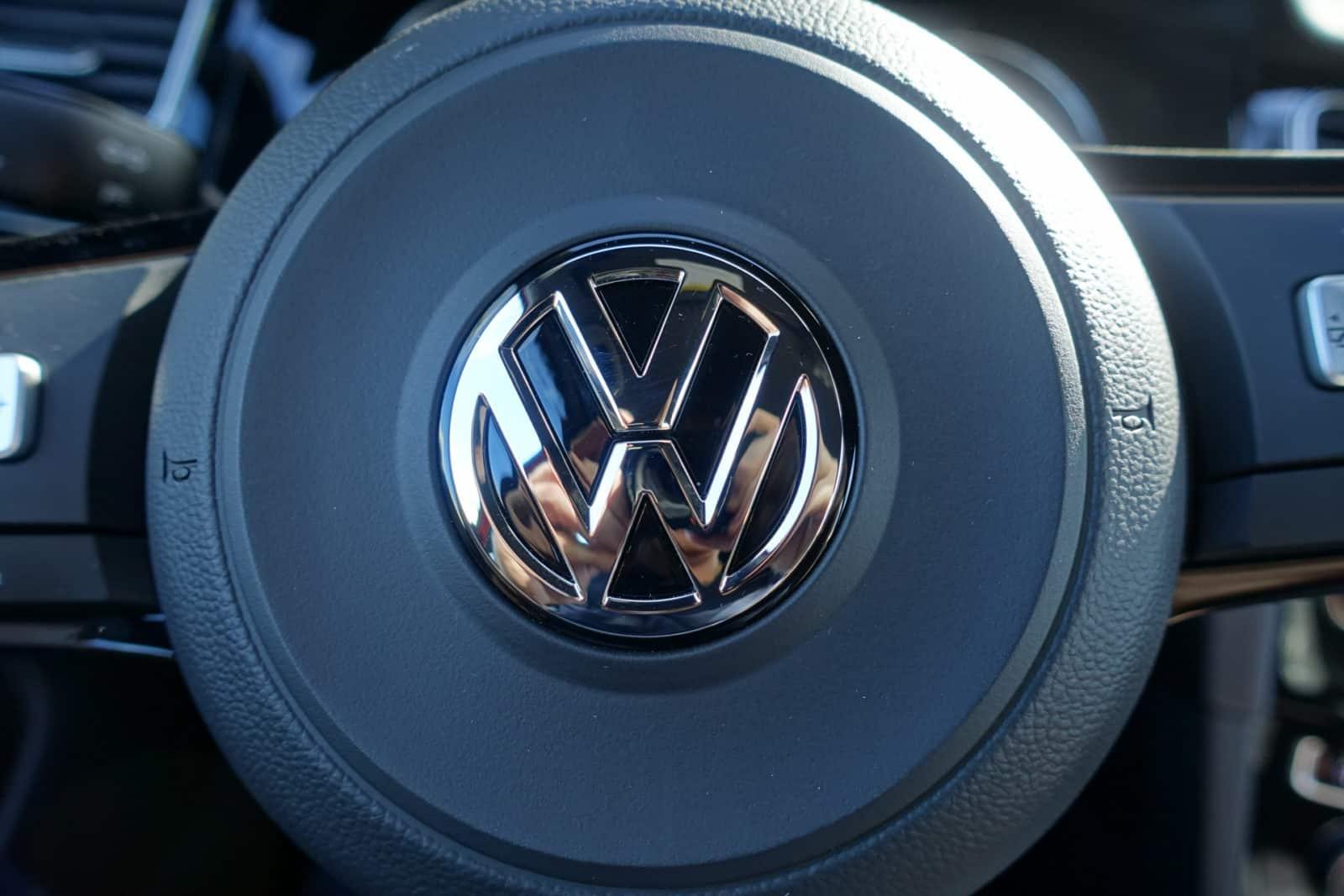 Volkswagen-golf-r-Android-Auto-AH-7