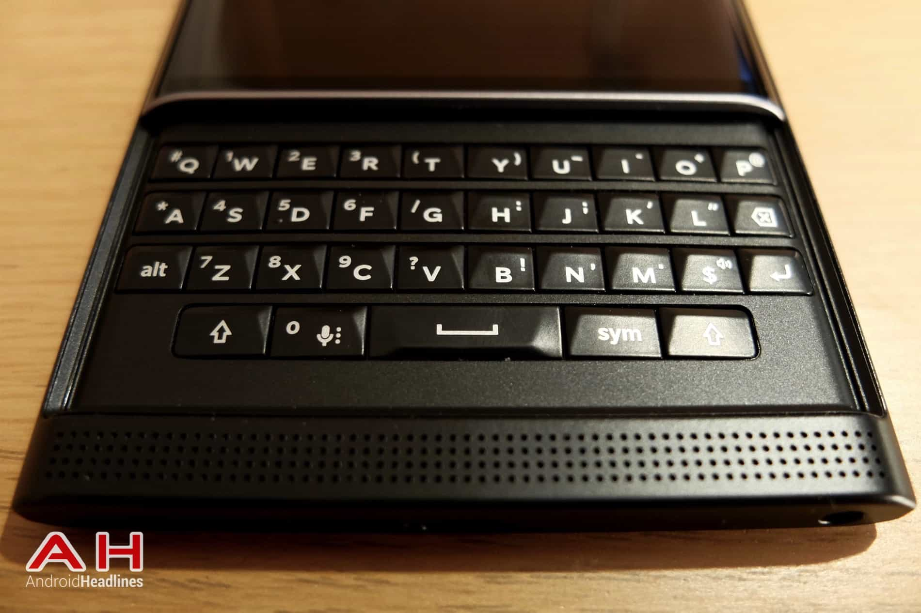 BlackBerry Priv 2008 AH 02