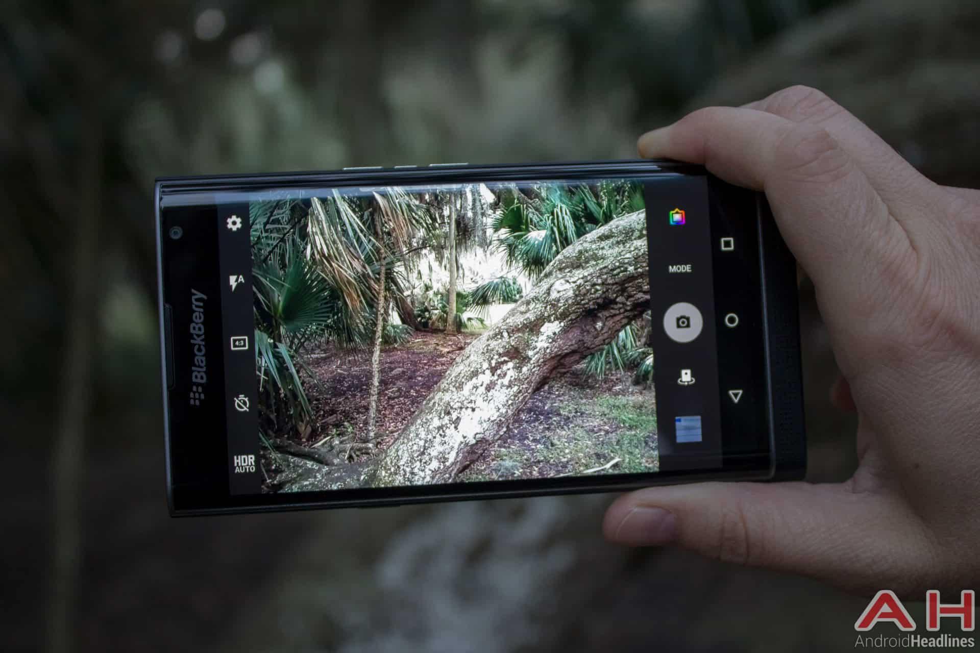 Blackberry-Priv-AH-camera