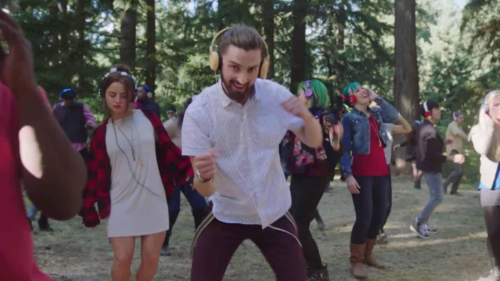 Google Video Disco dancer