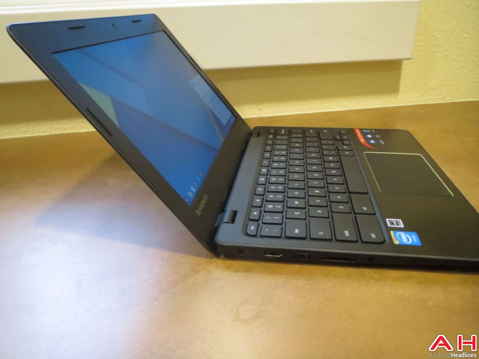 Lenovo Chromebook 100S-29