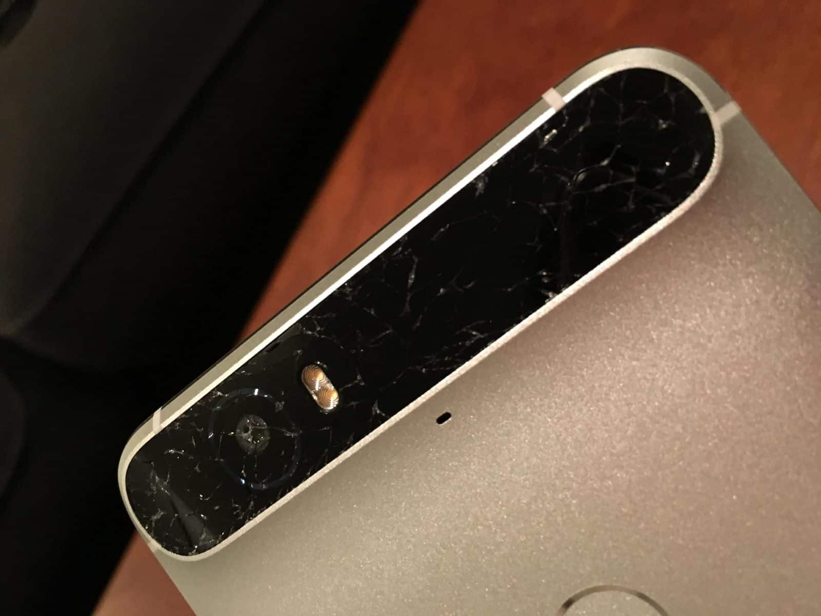 Nexus 6p cracked glass 1