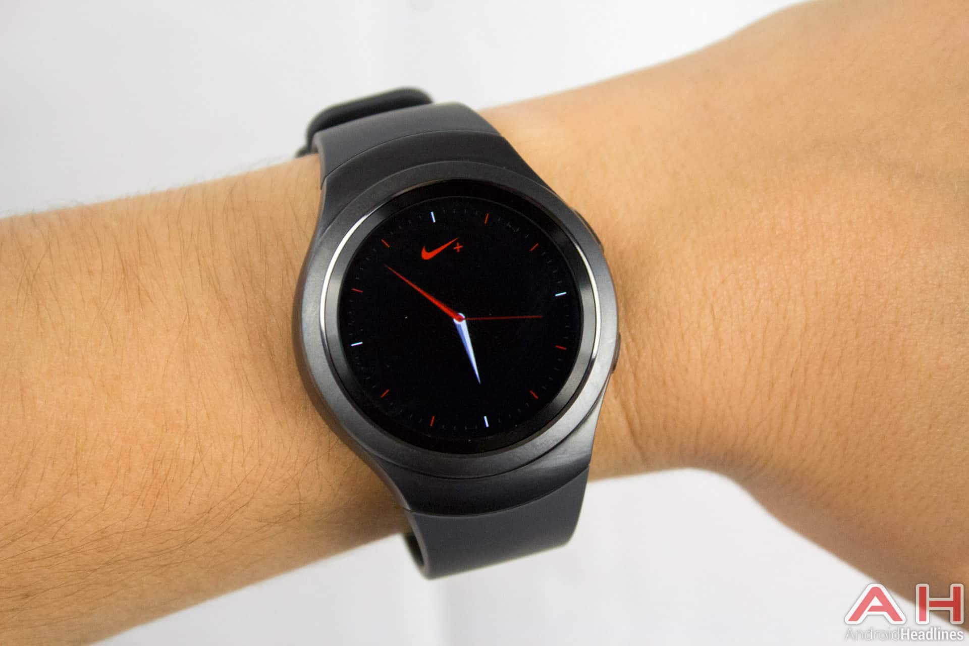 Featured Review Samsung Gear S2 Smartwatch