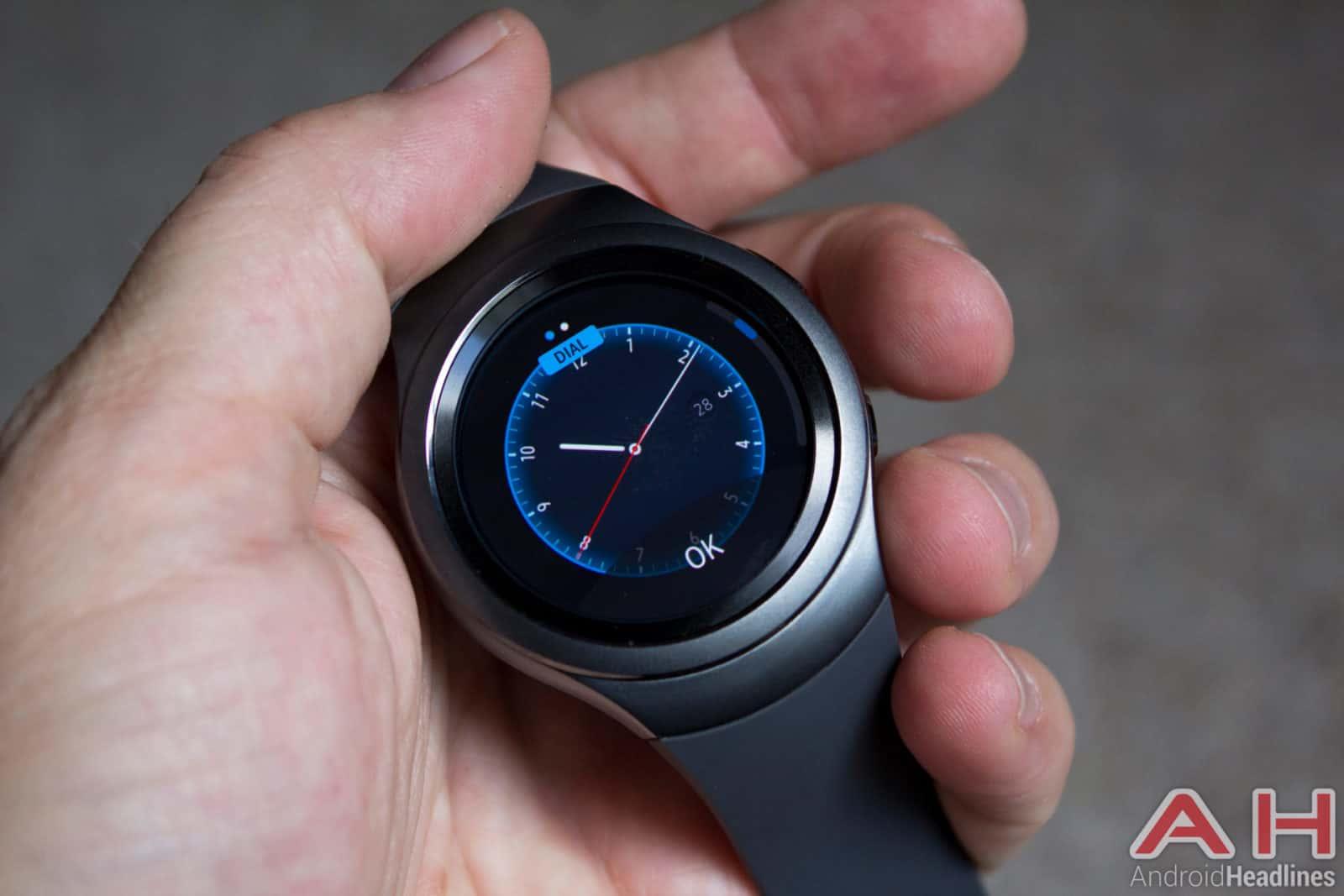 Samsung-Gear-S2-AH-faces-1