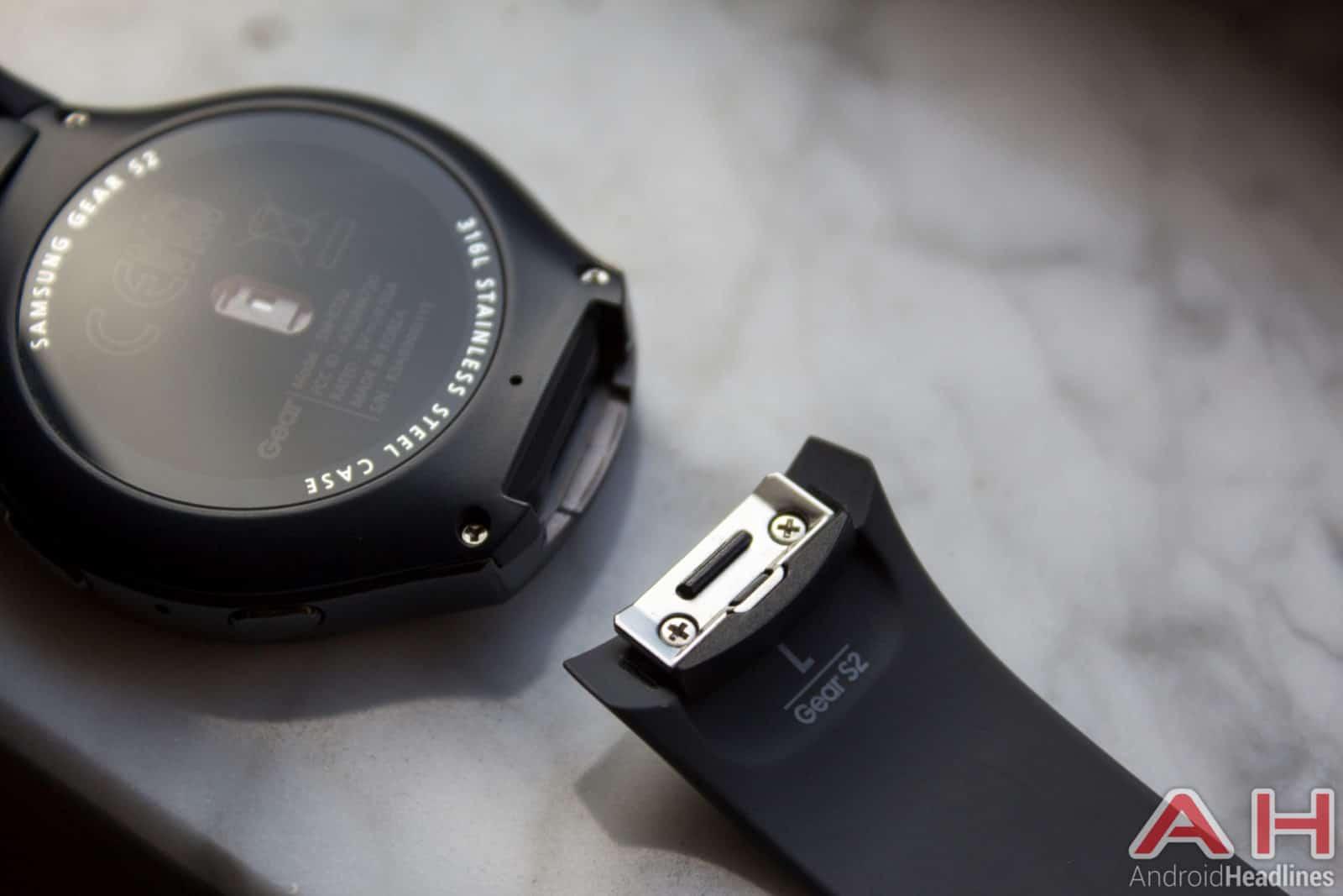 Samsung-Gear-S2-AH-strap