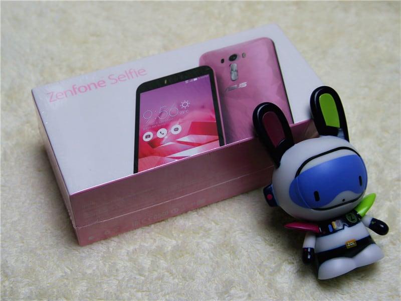 ZenFone Selfie Limited Edition KK