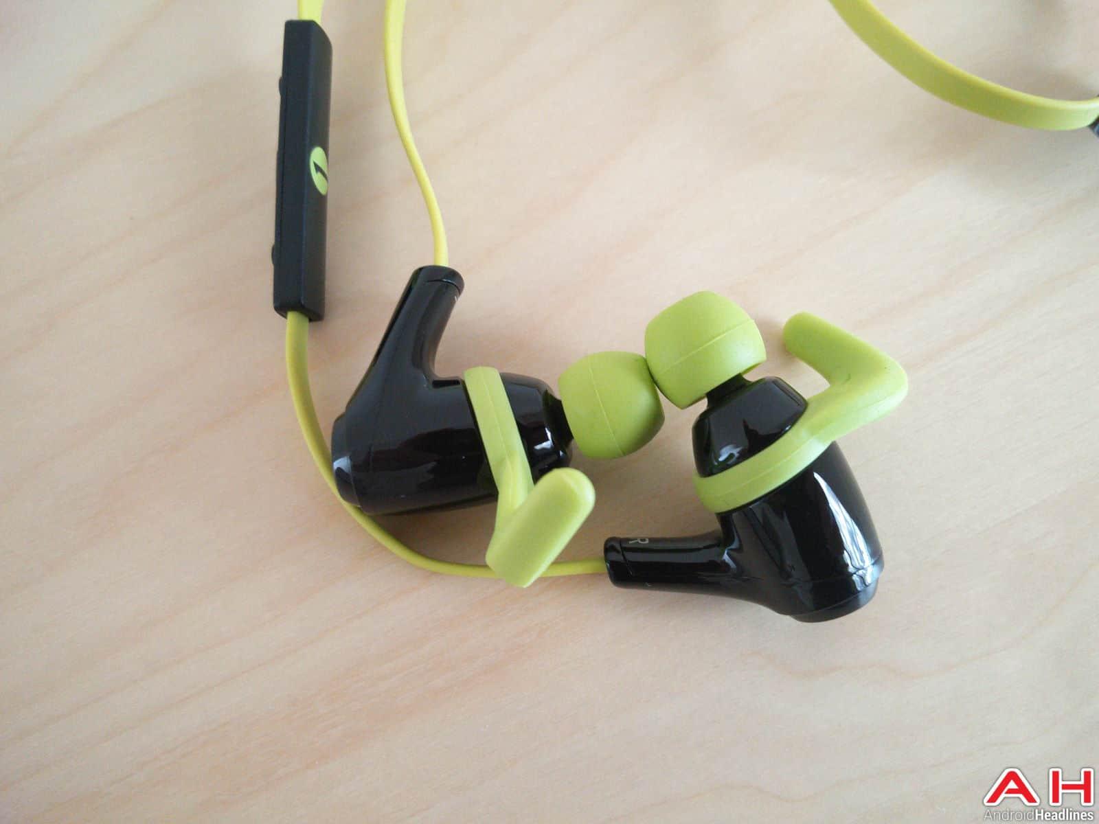 1byone Bluetooth Headphones AH-22