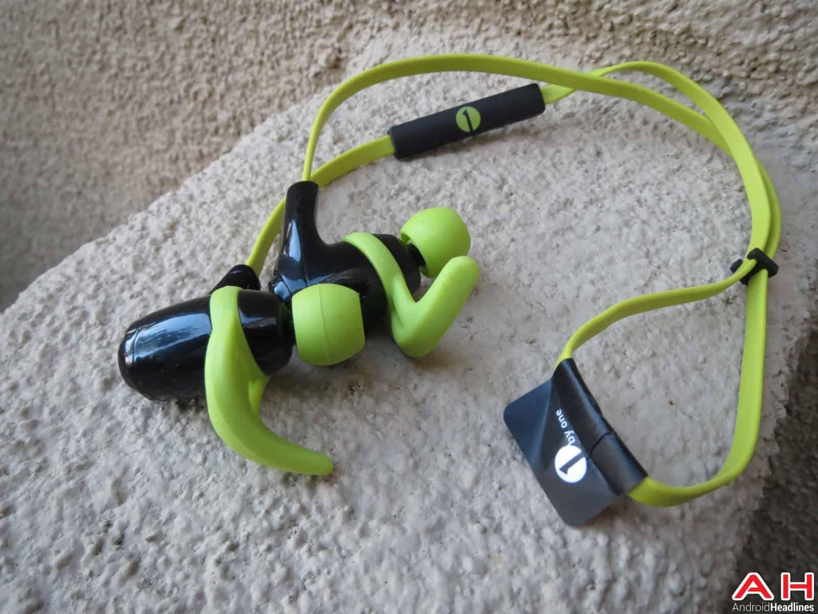 1byone Bluetooth Headphones AH-58