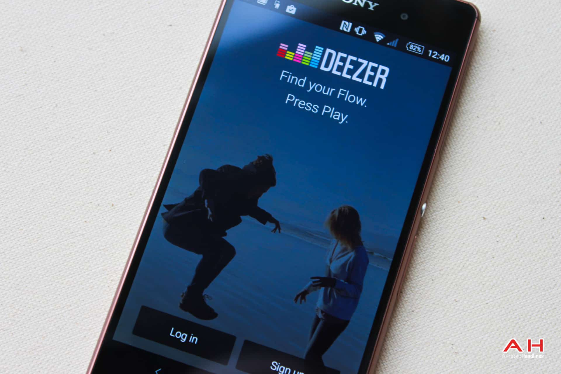 twitter adds deezer to audio cards on android ios apps. Black Bedroom Furniture Sets. Home Design Ideas