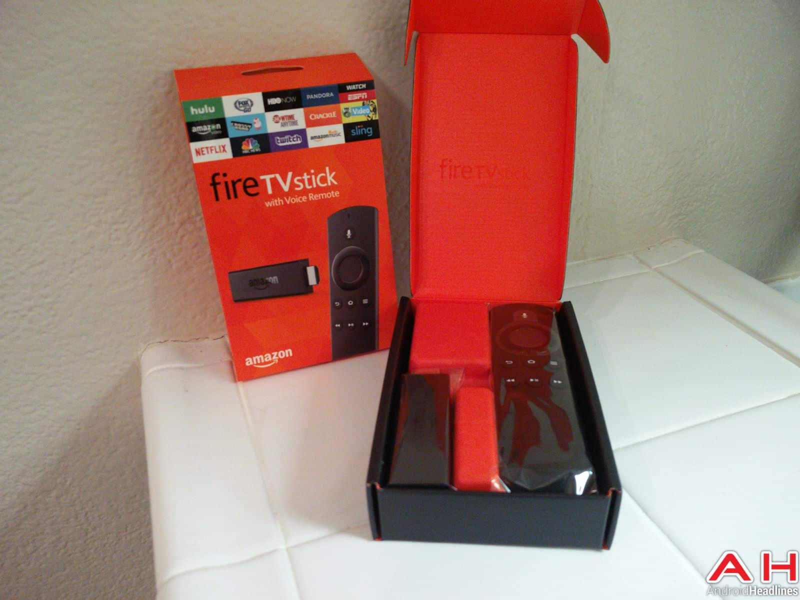 Amazon Fire TV Stick AH-10