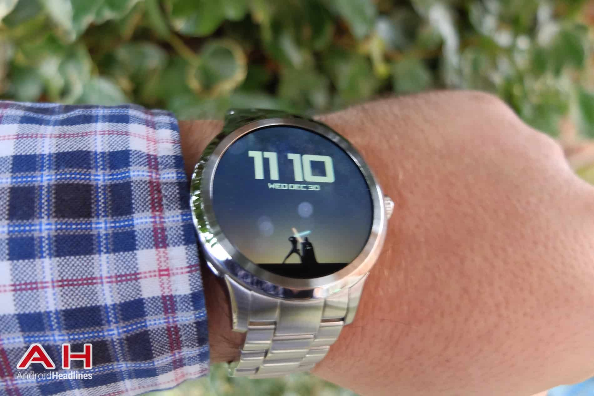 Fossil Q Founder AH 10