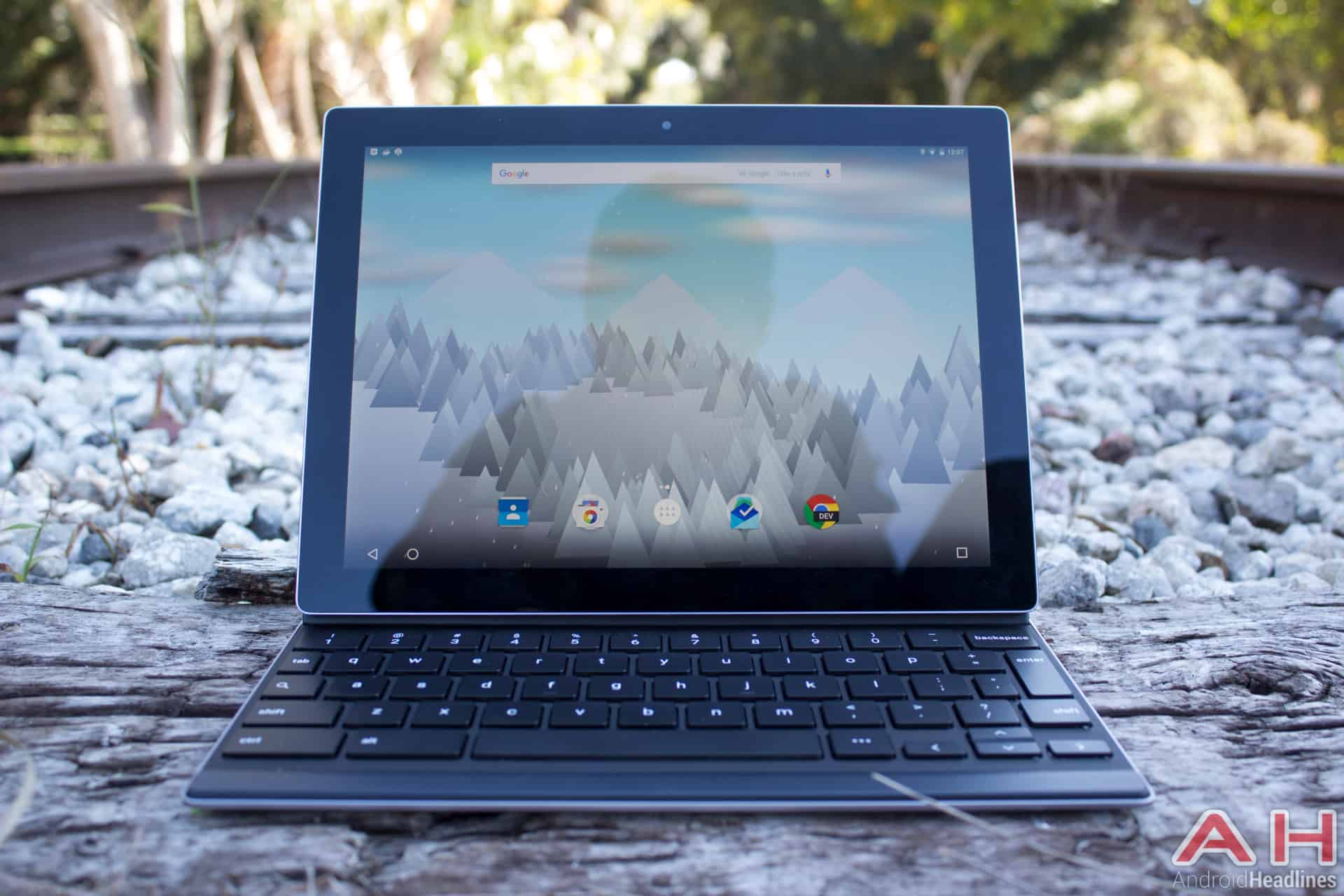 Featured Review: Google Pixel C Tablet and Keyboard