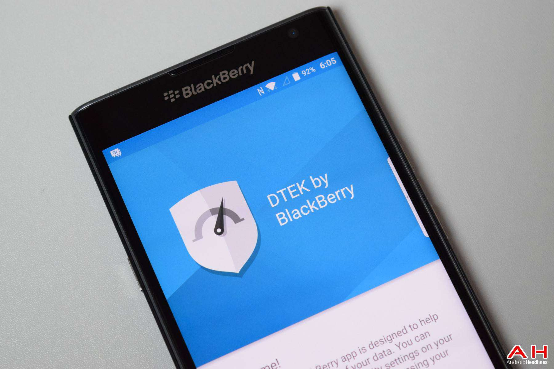 AH BB Blackberry Priv Dteck Security 2016 Chris -17