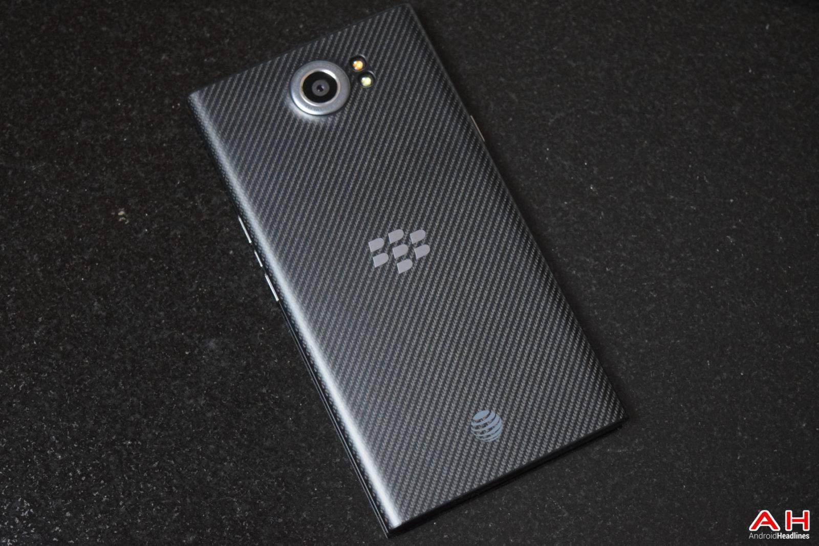 AH  BB Blackberry Priv Logo 2016 Chris -23