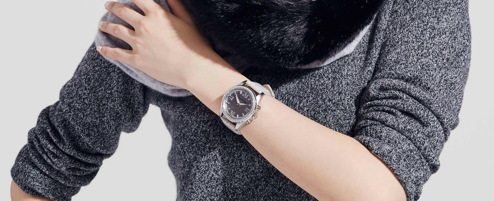Isaac Mizrahi Smartwatch 1