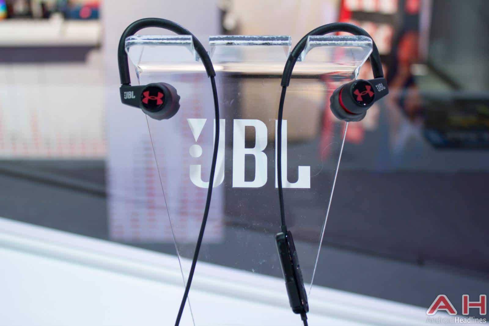JBL UA Record CES 2016 AH 2