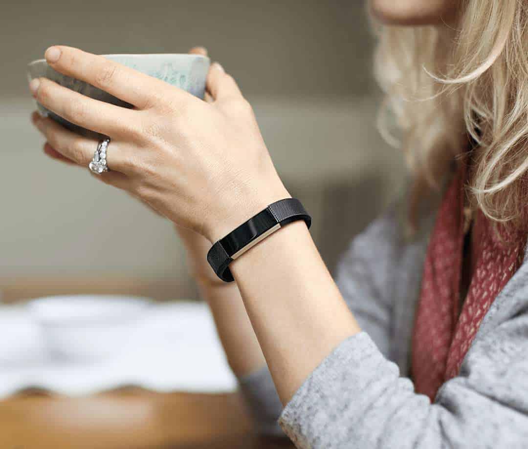 Fitbit Alta Fitness Tracker 03