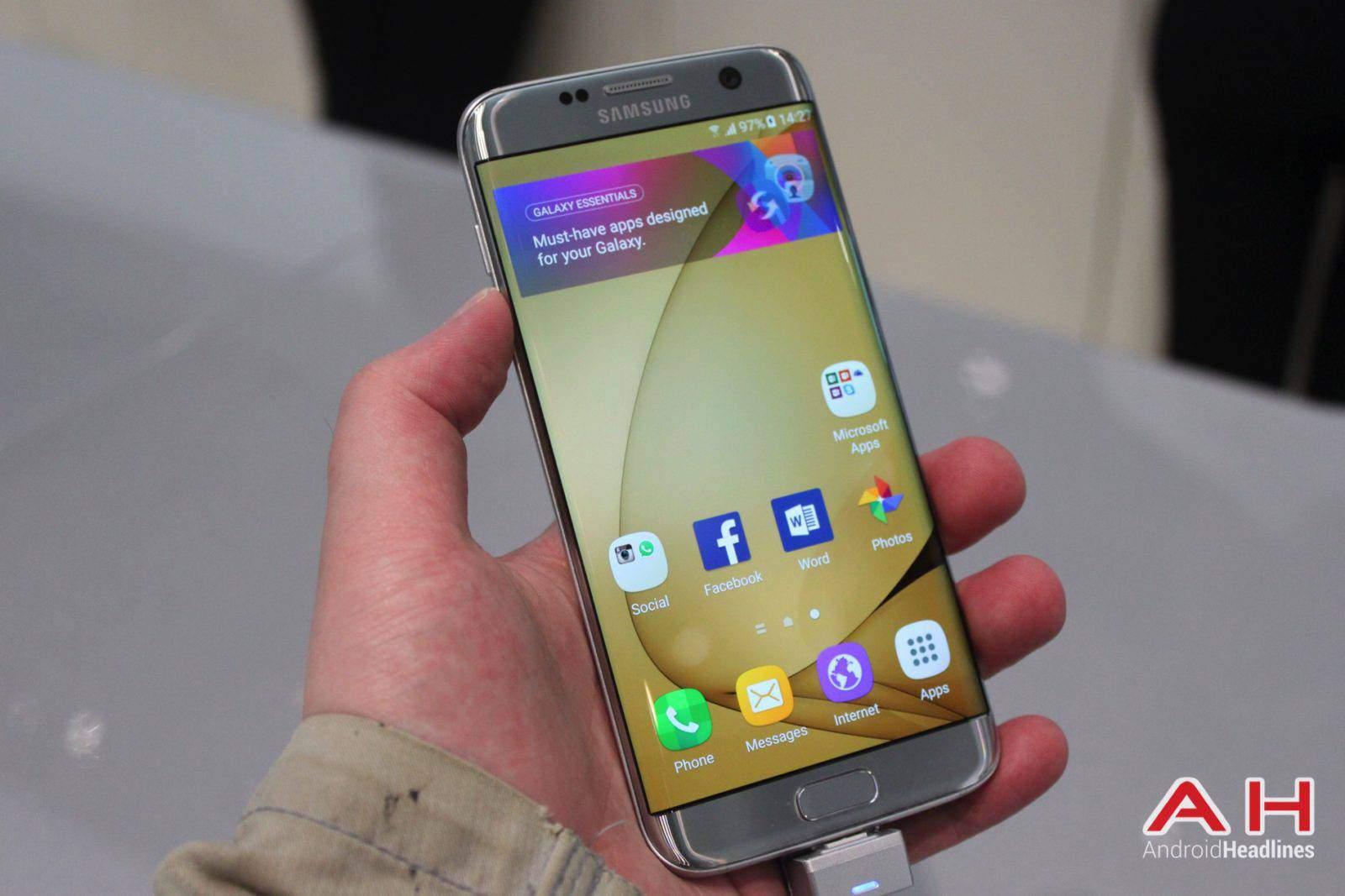 Galaxy S7 Edge MWC Booth AH 12
