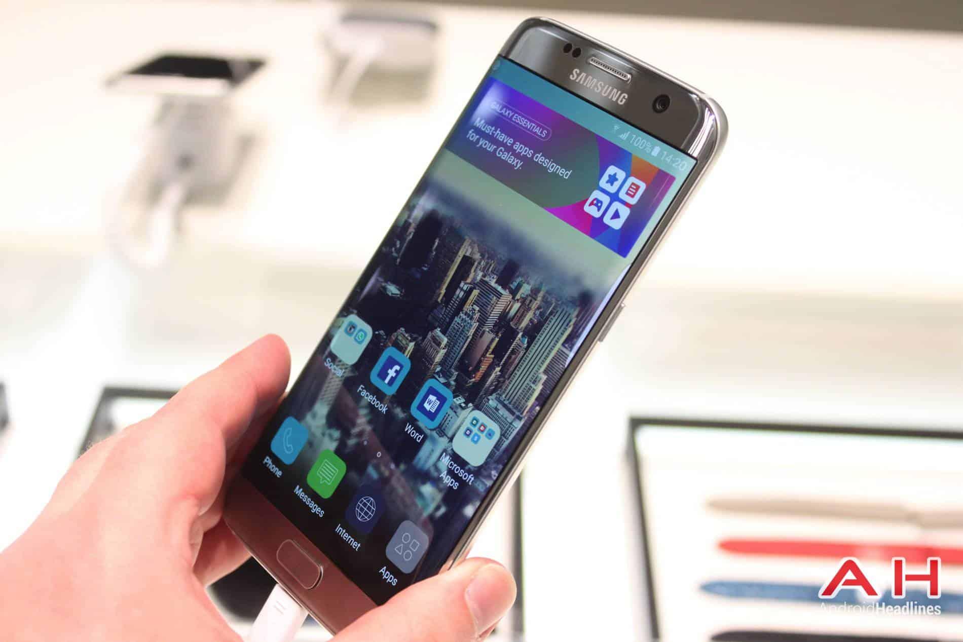 Galaxy S7 Edge MWC Booth AH 5