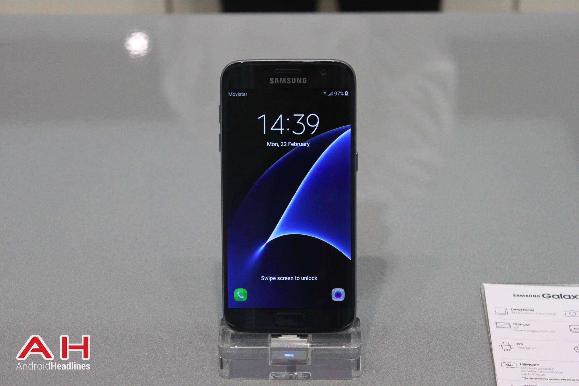 Galaxy S7 MWC Booth AH 8