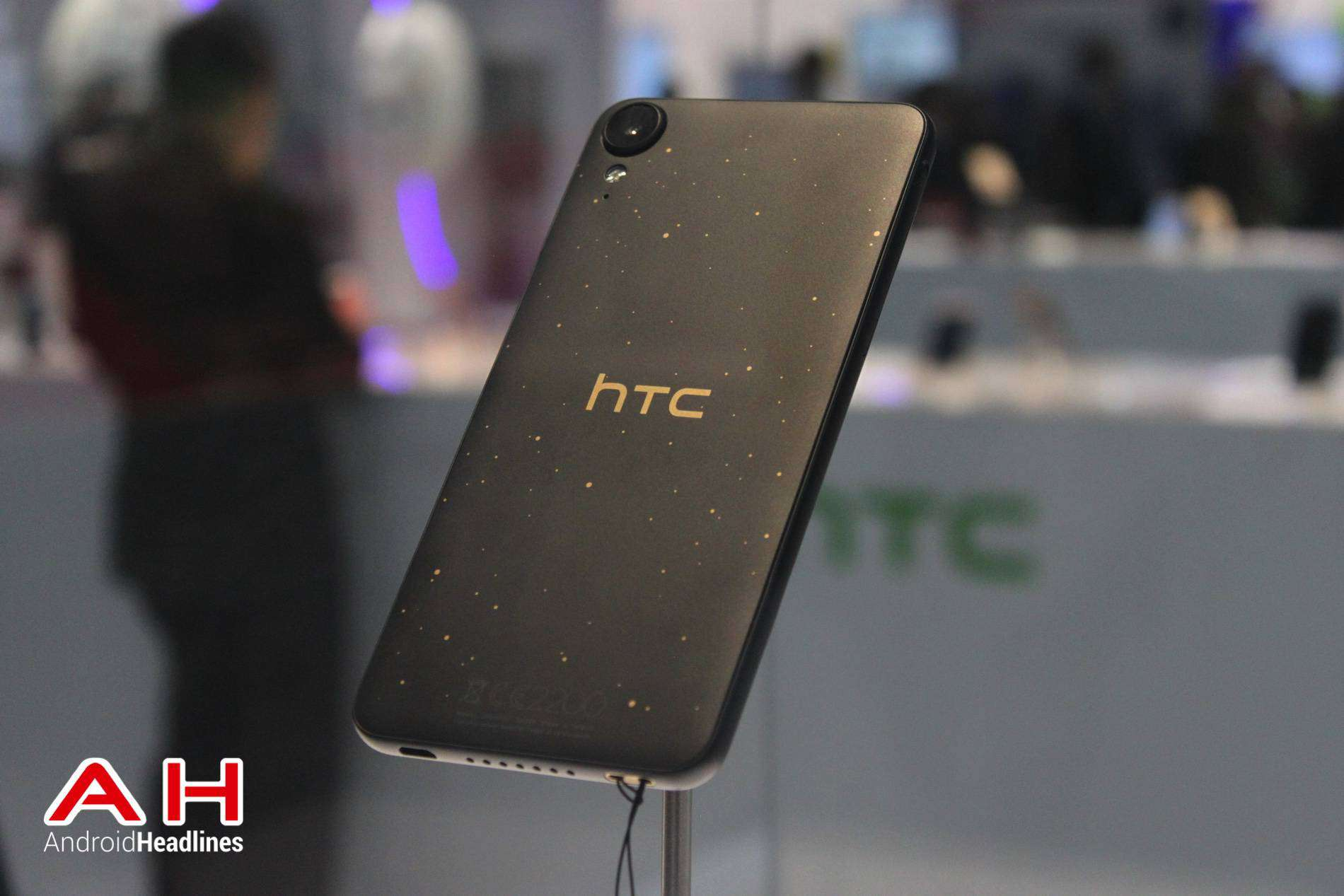 HTC Desire 825 MWC AH 08