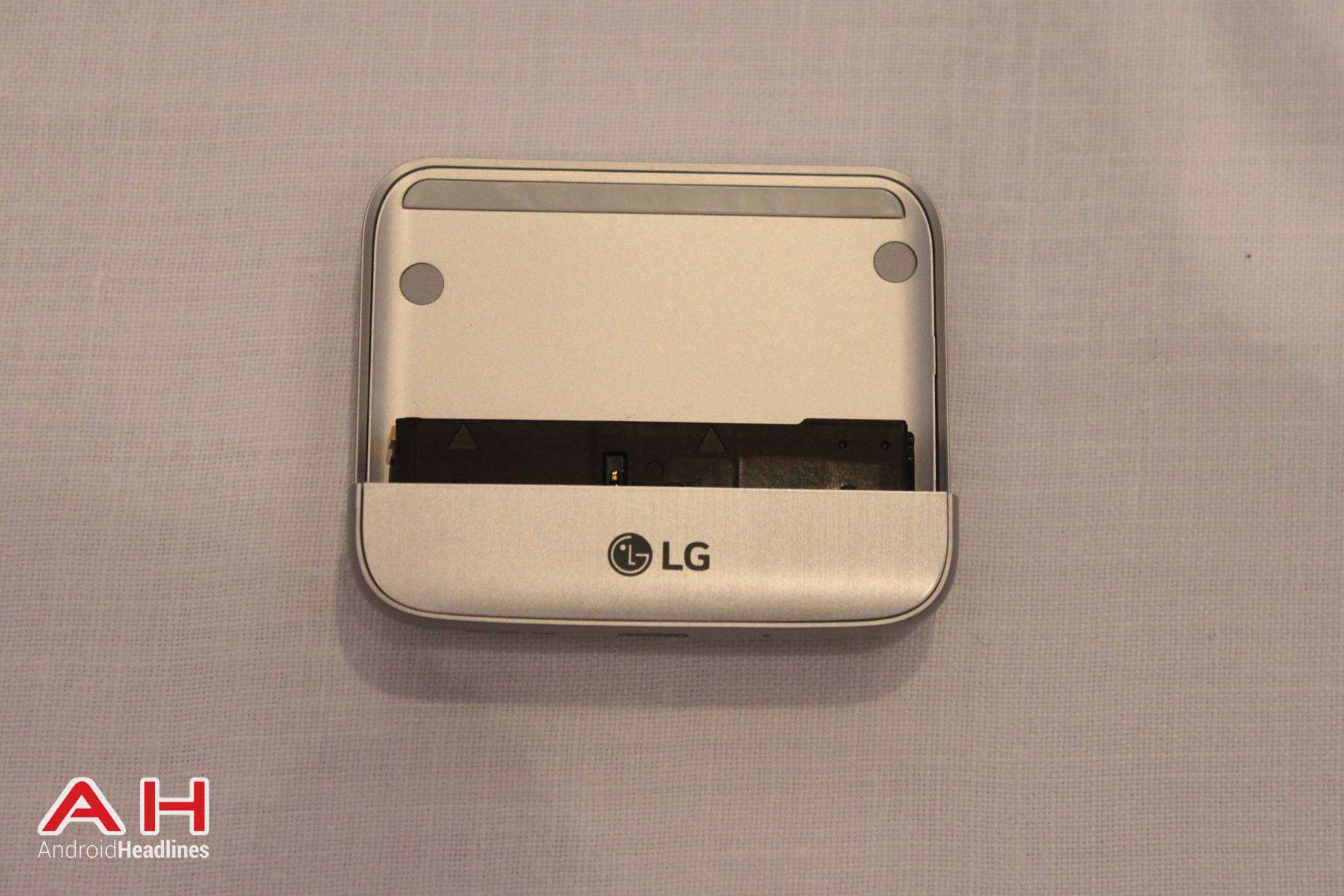 LG G5 CAM Plus Magic Slot AH 01