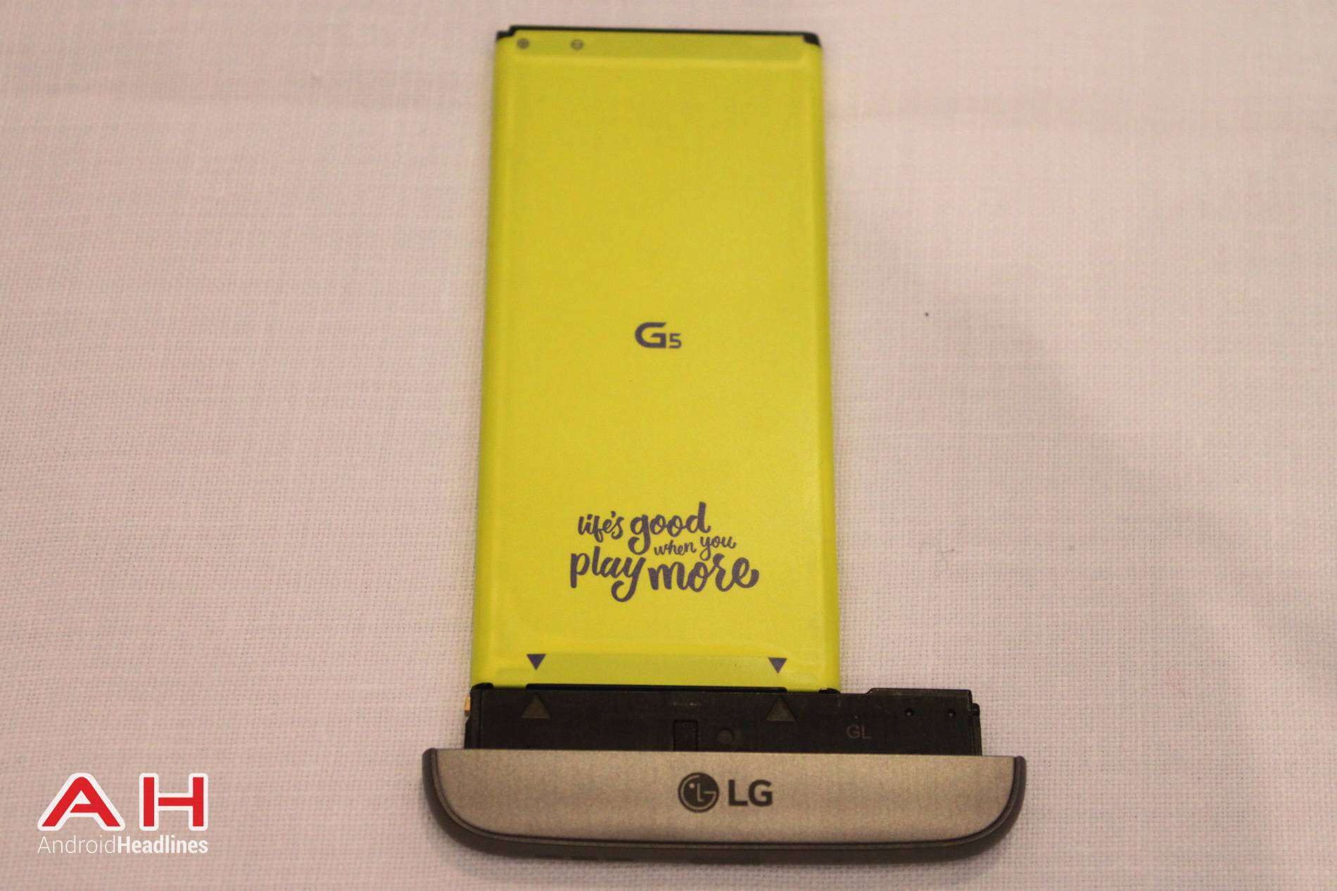 LG G5 Hands On MWC AH 13