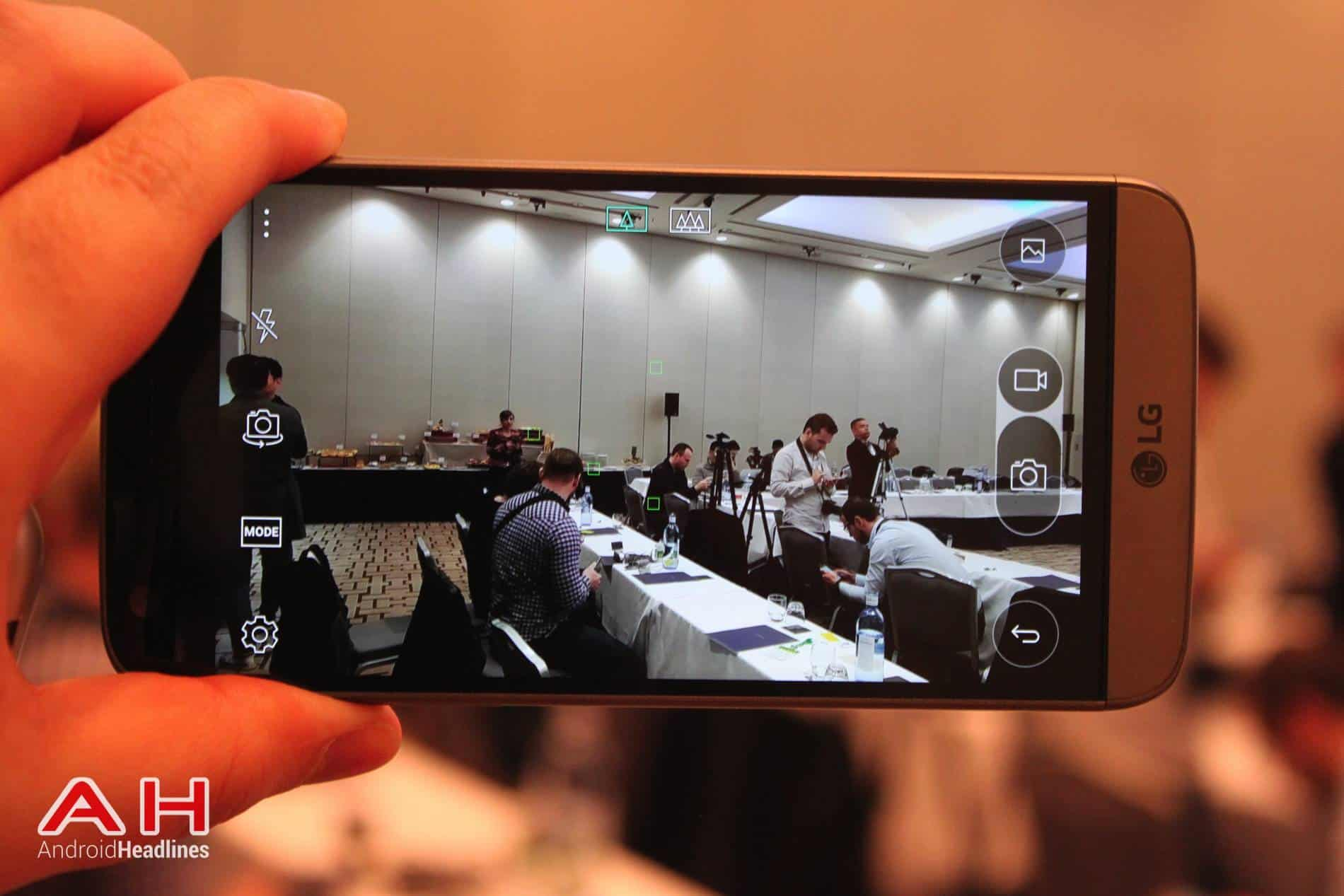 LG G5 Hands On MWC AH 24