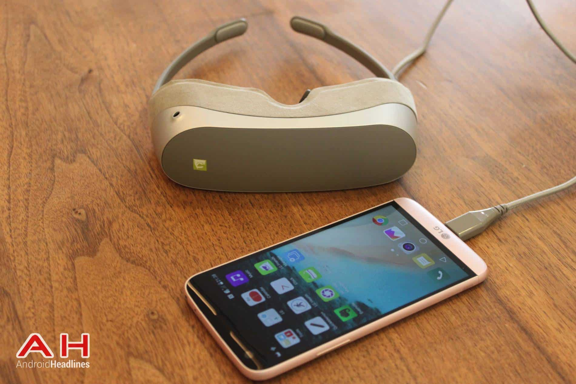 LG G5 VR Headset MWC AH 09