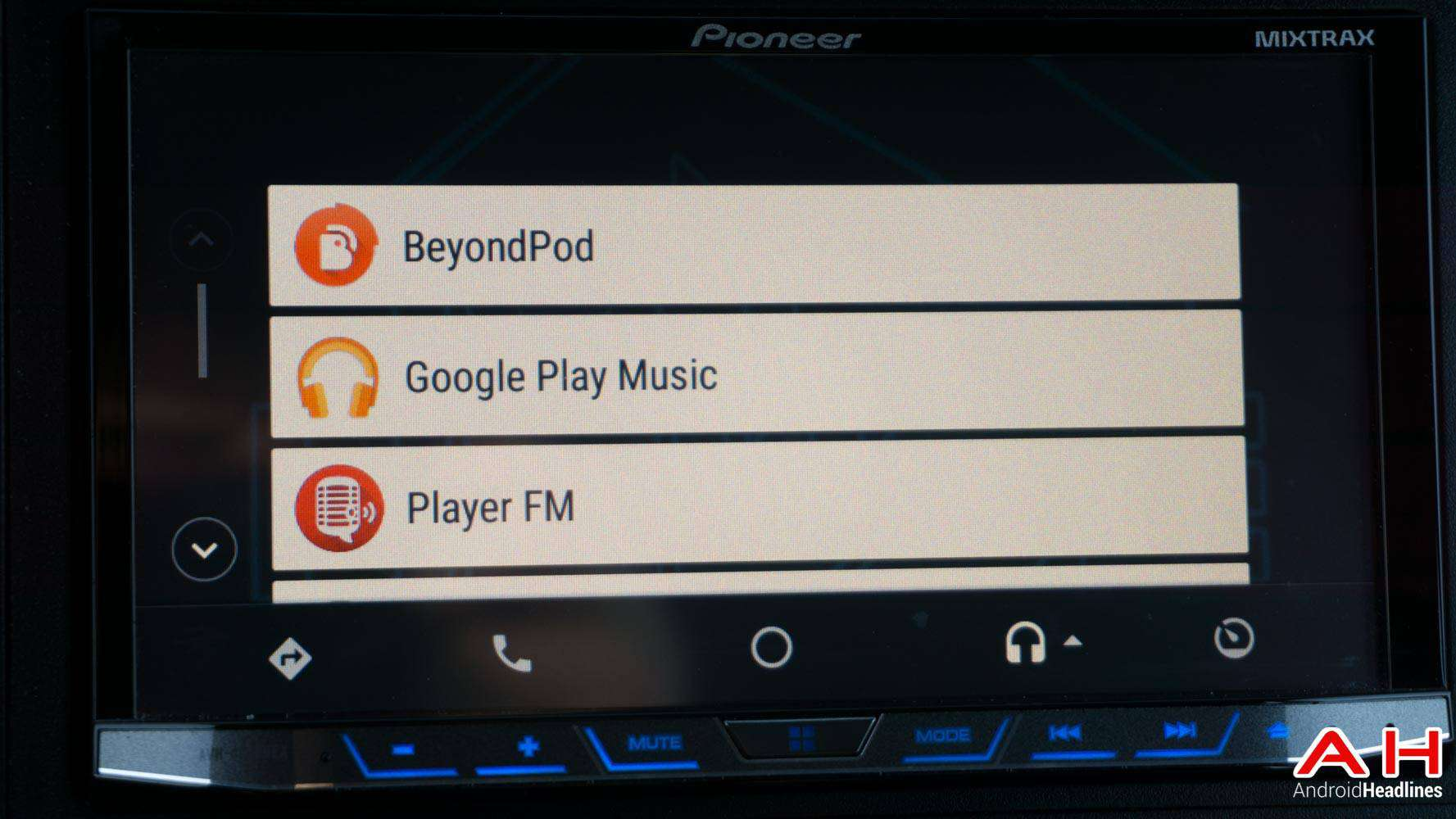 android auto top 5 best podcast apps for the car. Black Bedroom Furniture Sets. Home Design Ideas