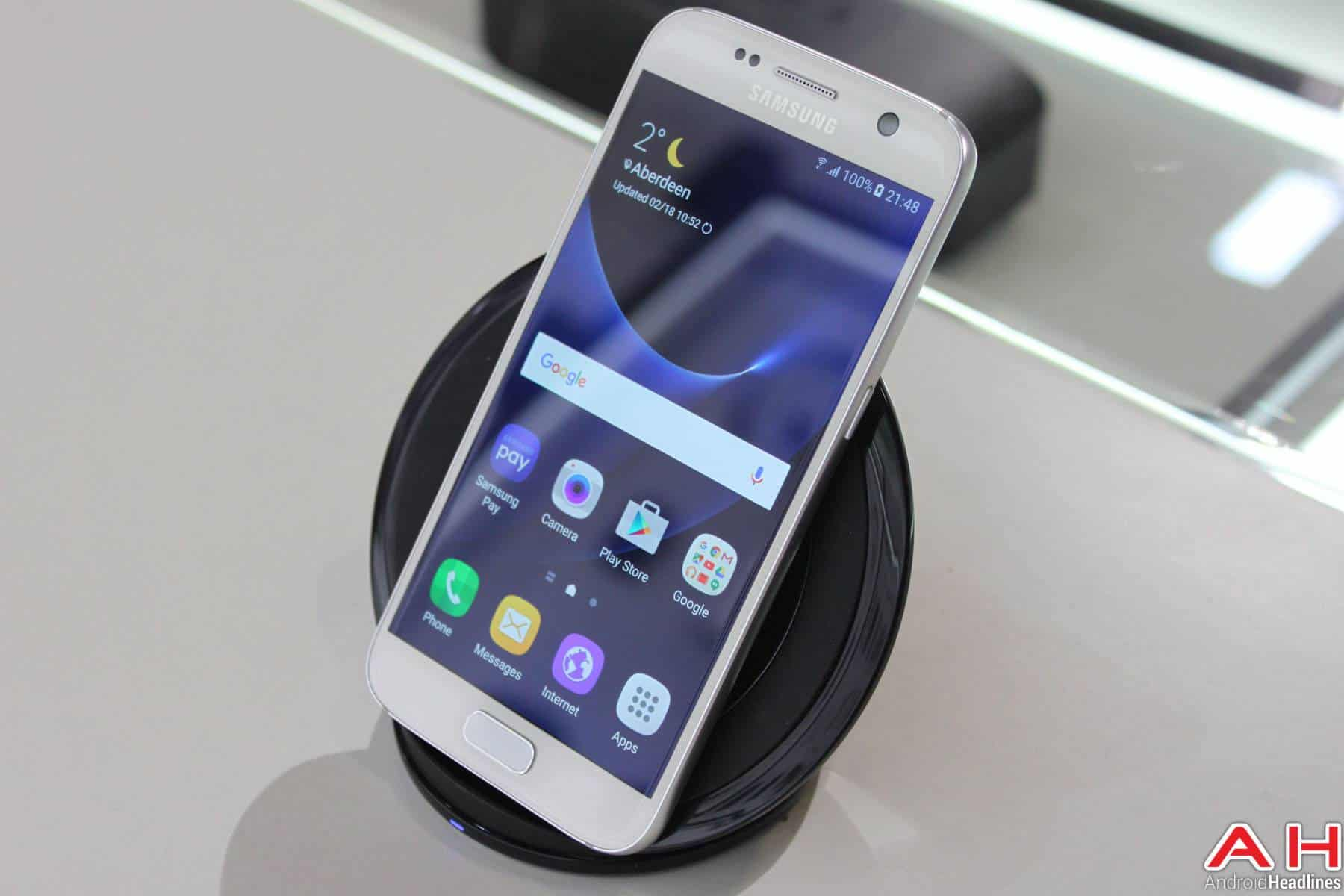 Samsung Galaxy S7 Edge Wireless Charger AH 1