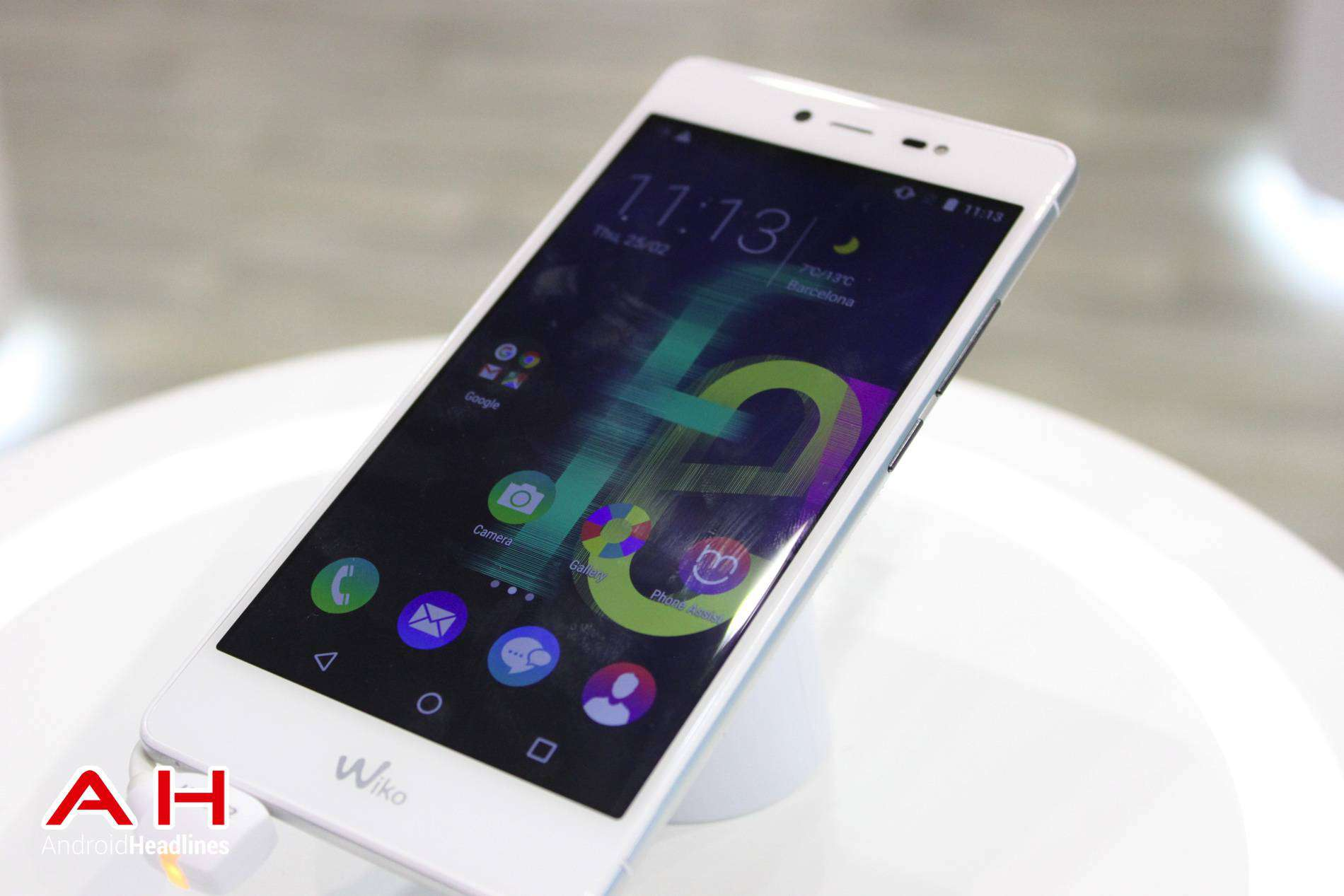 Wiko Fever Special Edition MWC AH 04